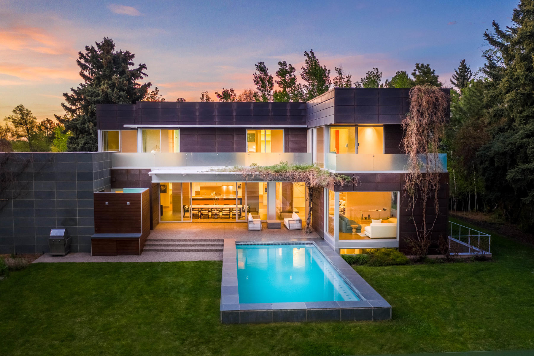 Single Family Homes for Sale at Spectacular Home in the Heart of Belcaro on Almost Half-Acre. 950 S Steele Street Denver, Colorado 80209 United States