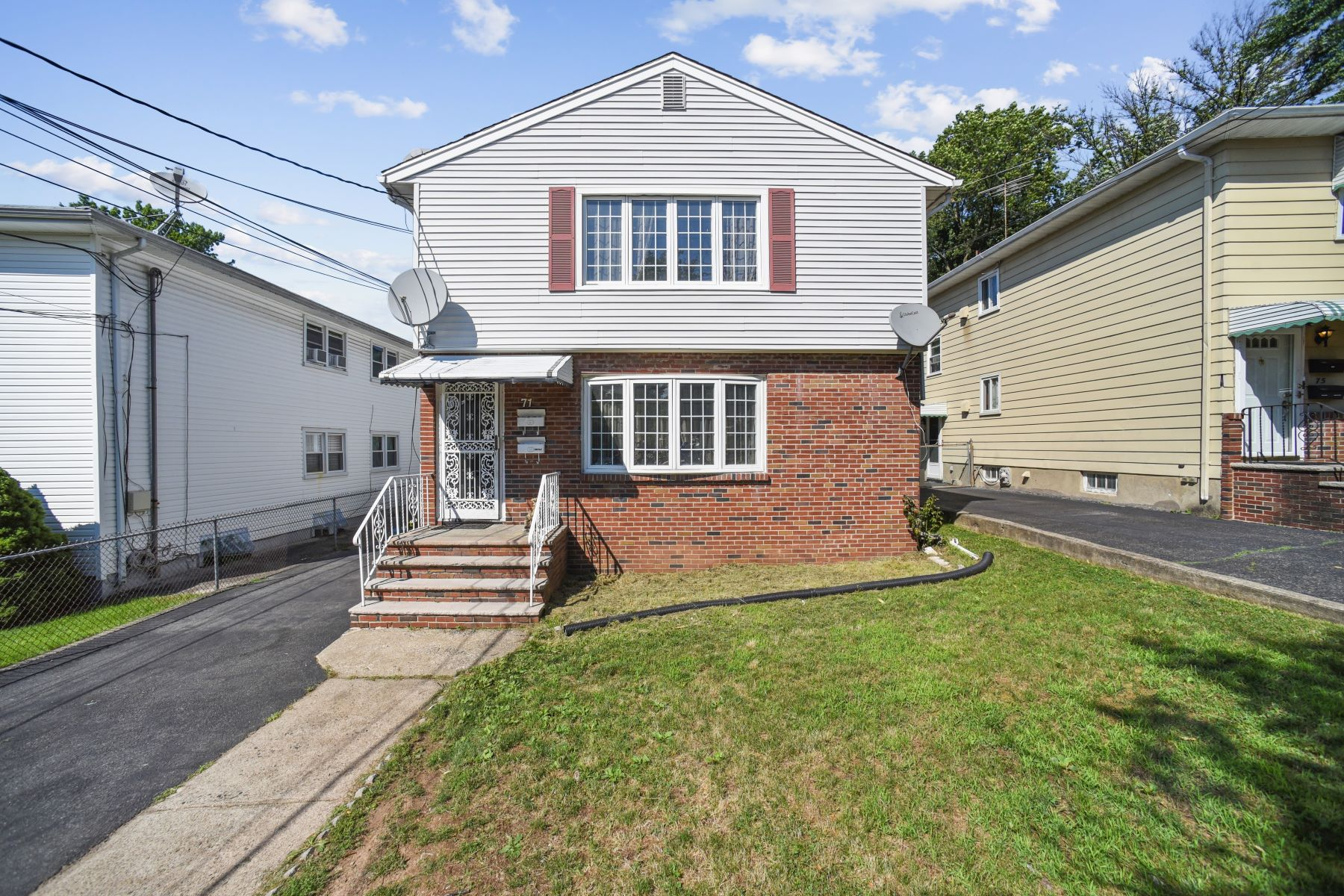 Multi-Family Homes for Active at Perfect In Every Way! 71 Barbara Street Bloomfield, New Jersey 07003 United States