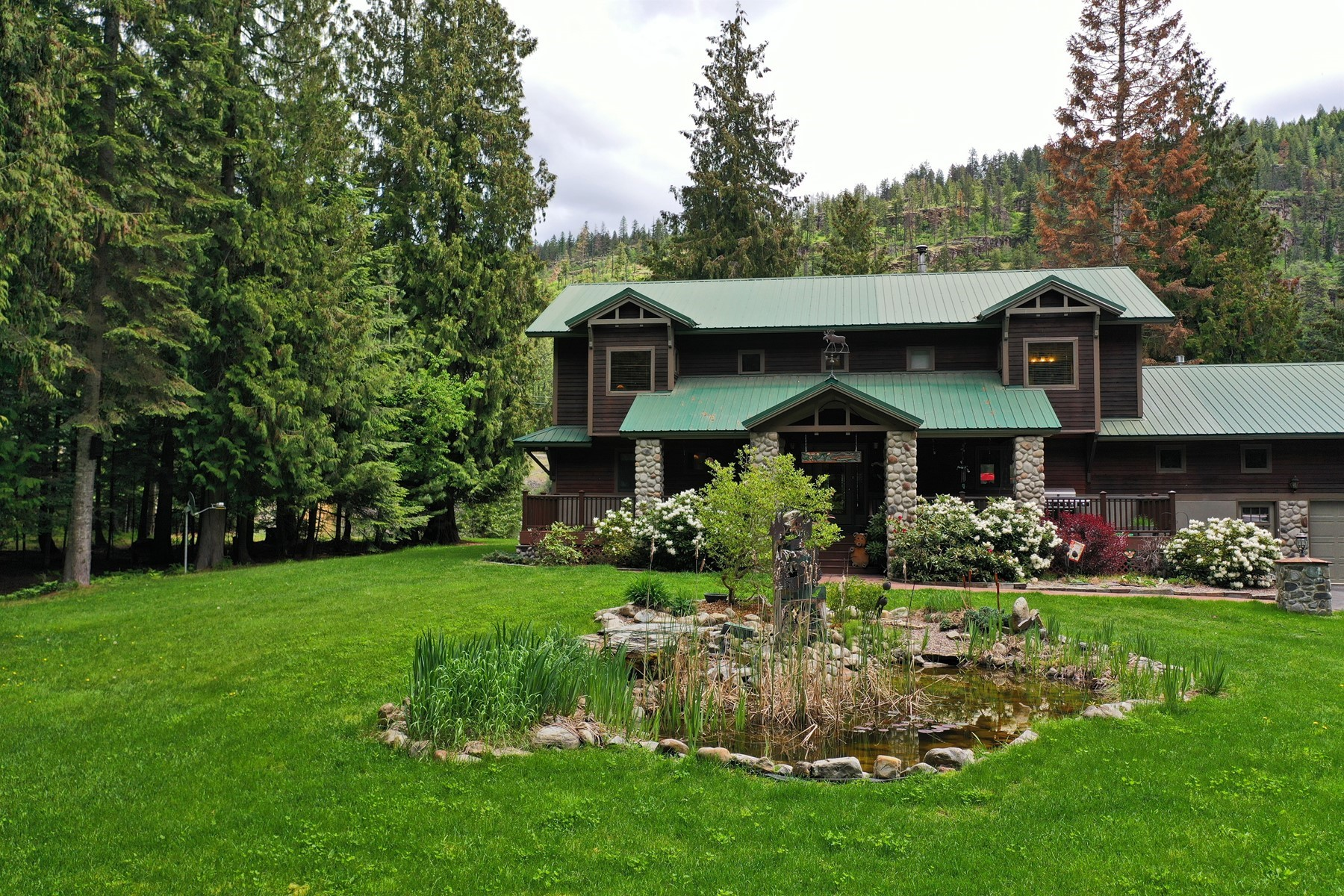 Single Family Homes for Active at Clark Fork River Sanctuary 469 N River Lake Drive Clark Fork, Idaho 83811 United States