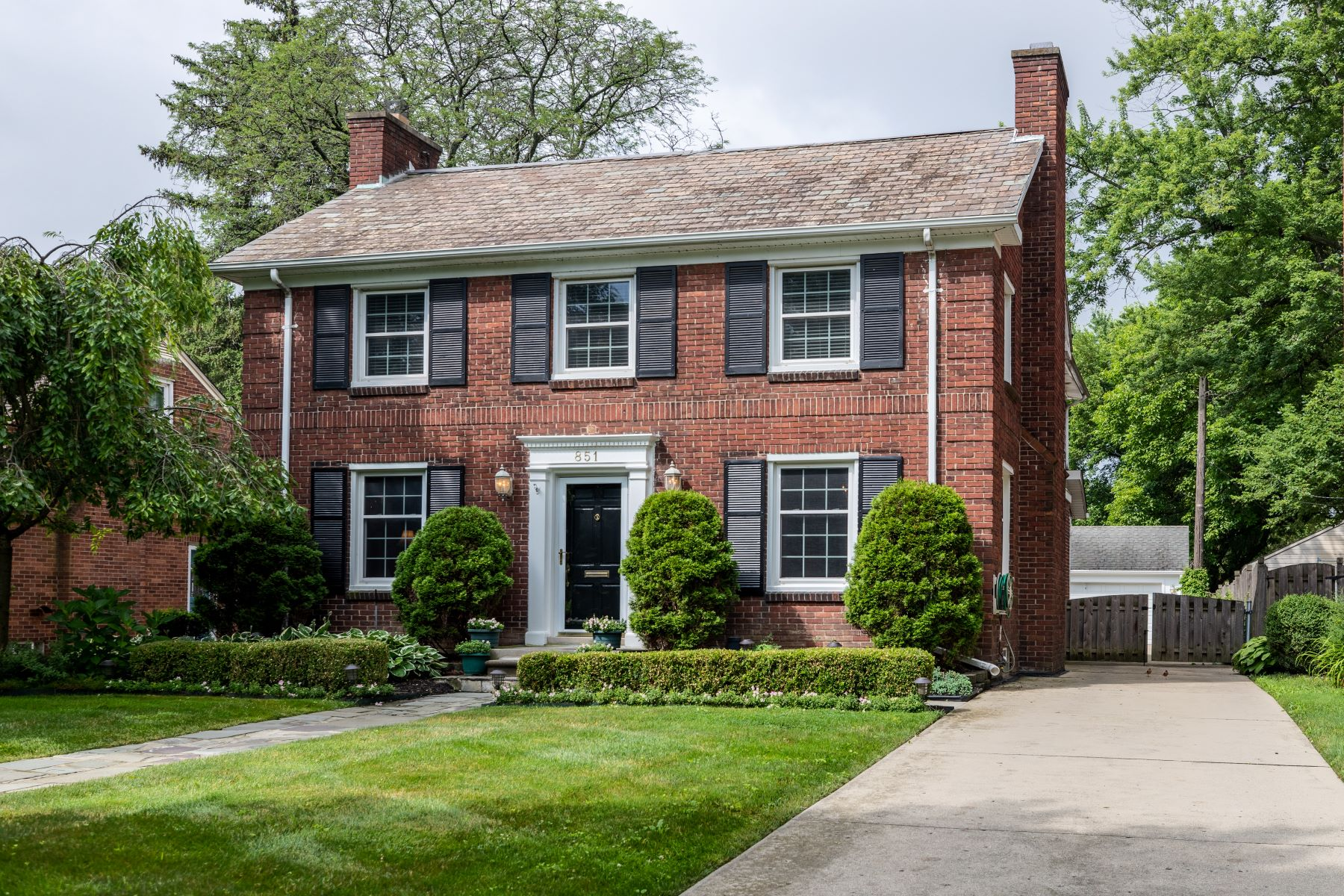 Single Family Homes for Active at Grosse Pointe 851 Washington Grosse Pointe, Michigan 48230 United States