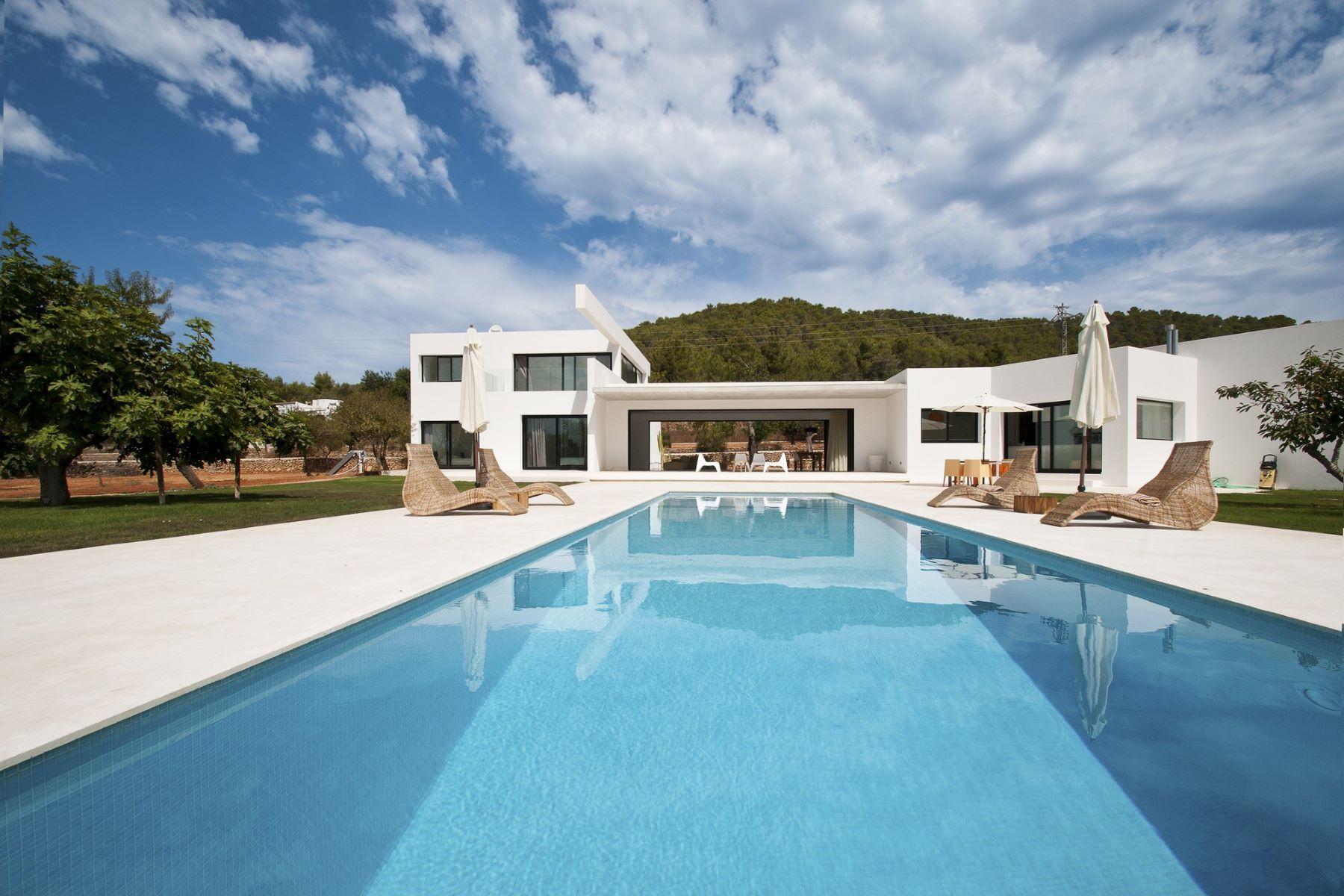 واحد منزل الأسرة للـ Sale في Contemporary New Villa In San Juan 07800 Other Countries