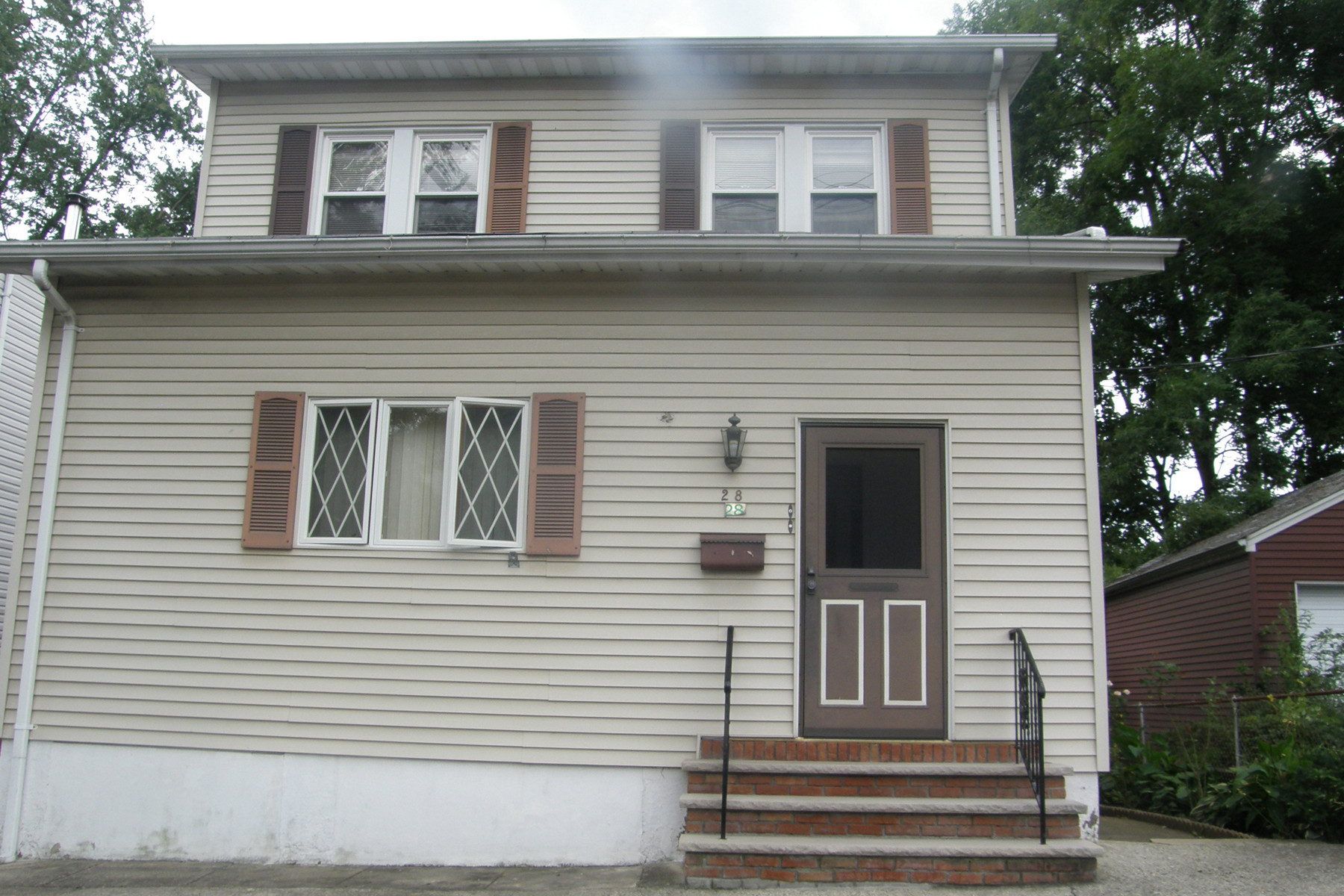 Multi-Family Homes for Rent at Great Opportunity! 28 W Grove St 2, Bogota, New Jersey 07603 United States