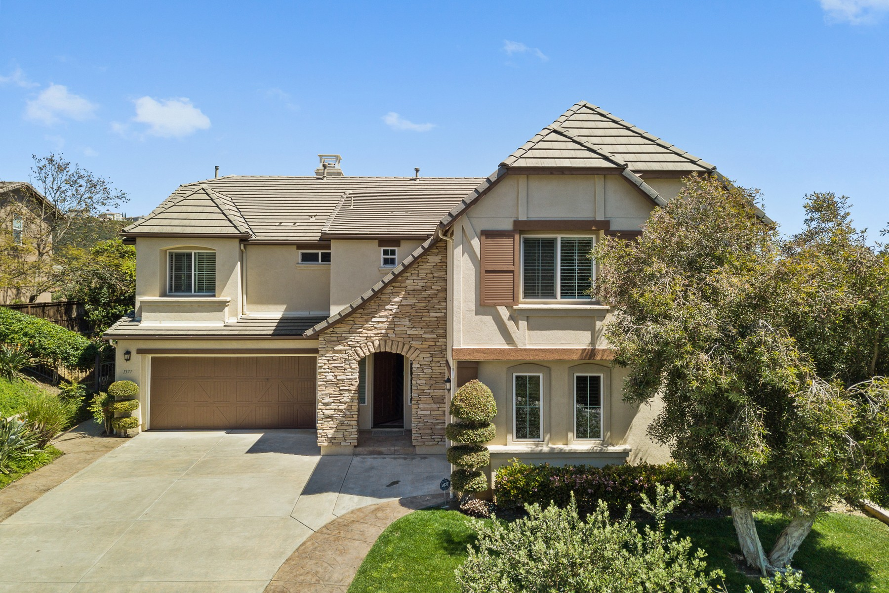 Single Family Home for Active at 1377 Rock Ct San Marcos, California 92078 United States