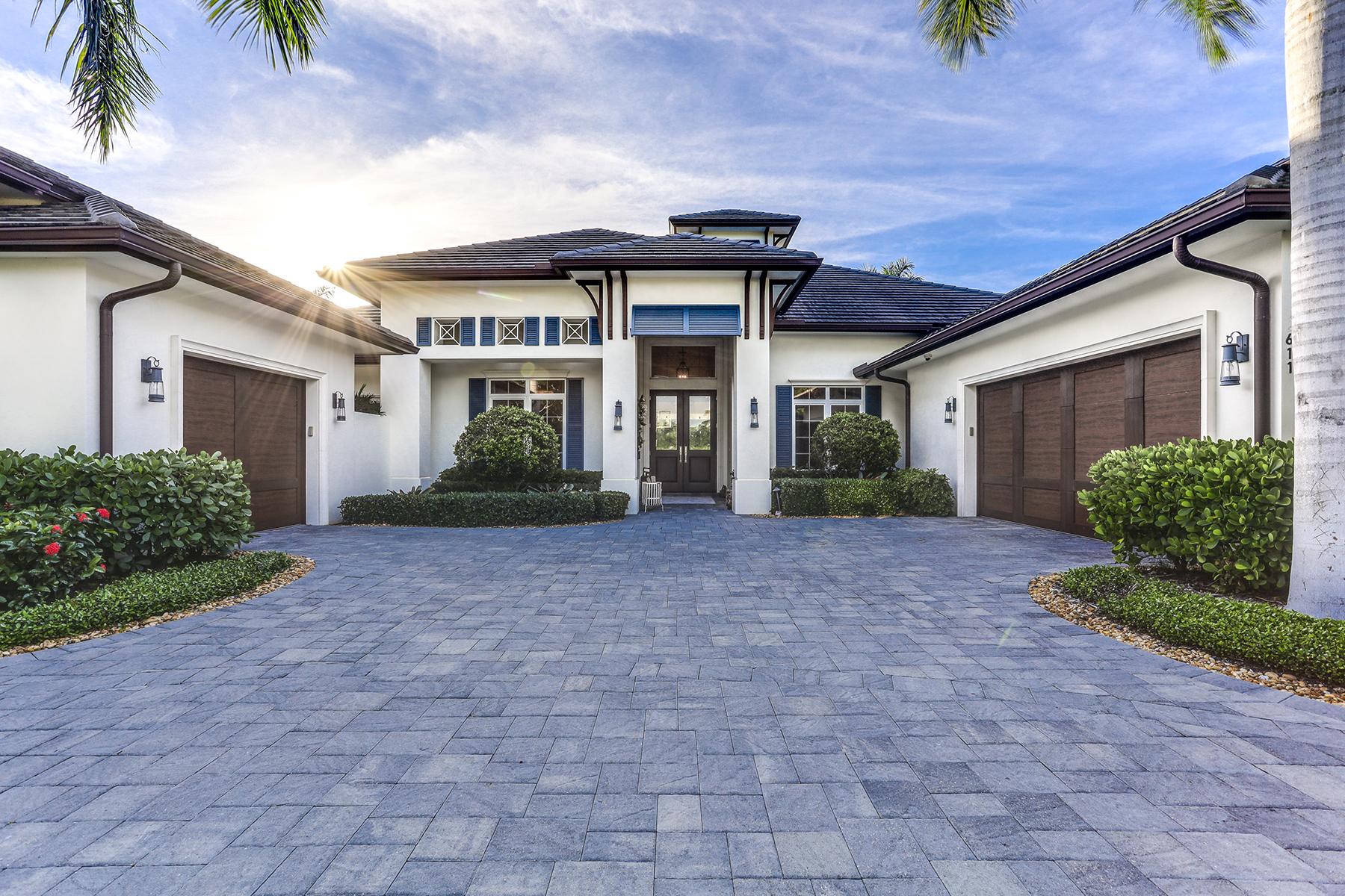 Single Family Homes för Försäljning vid NAPLES 611 Rudder Road neapel, Florida 34102 Förenta staterna