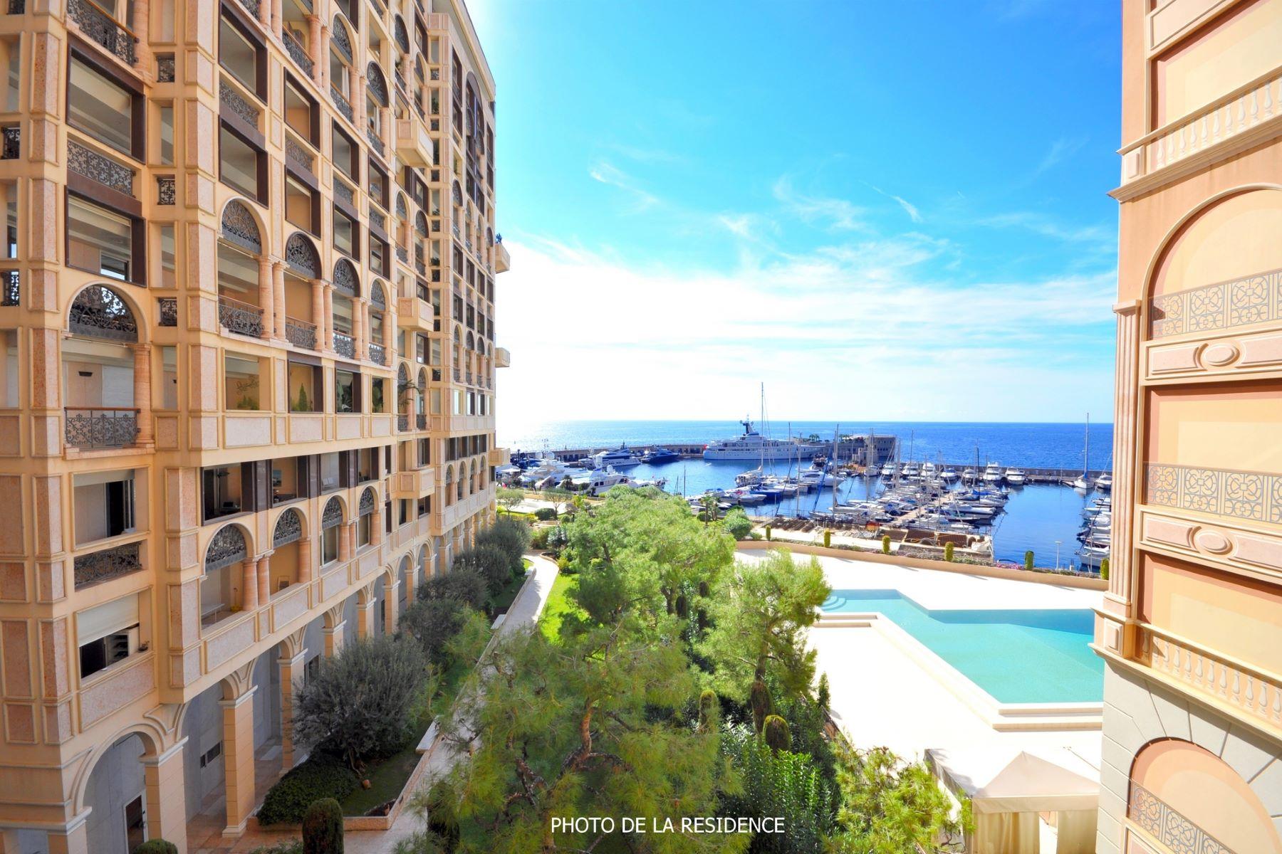 아파트 용 매매 에 Prestigious family apartment, sea views. Les Terrasses du Port 2 Avenue des Ligures Monaco, La Condamine, 98000 모나코