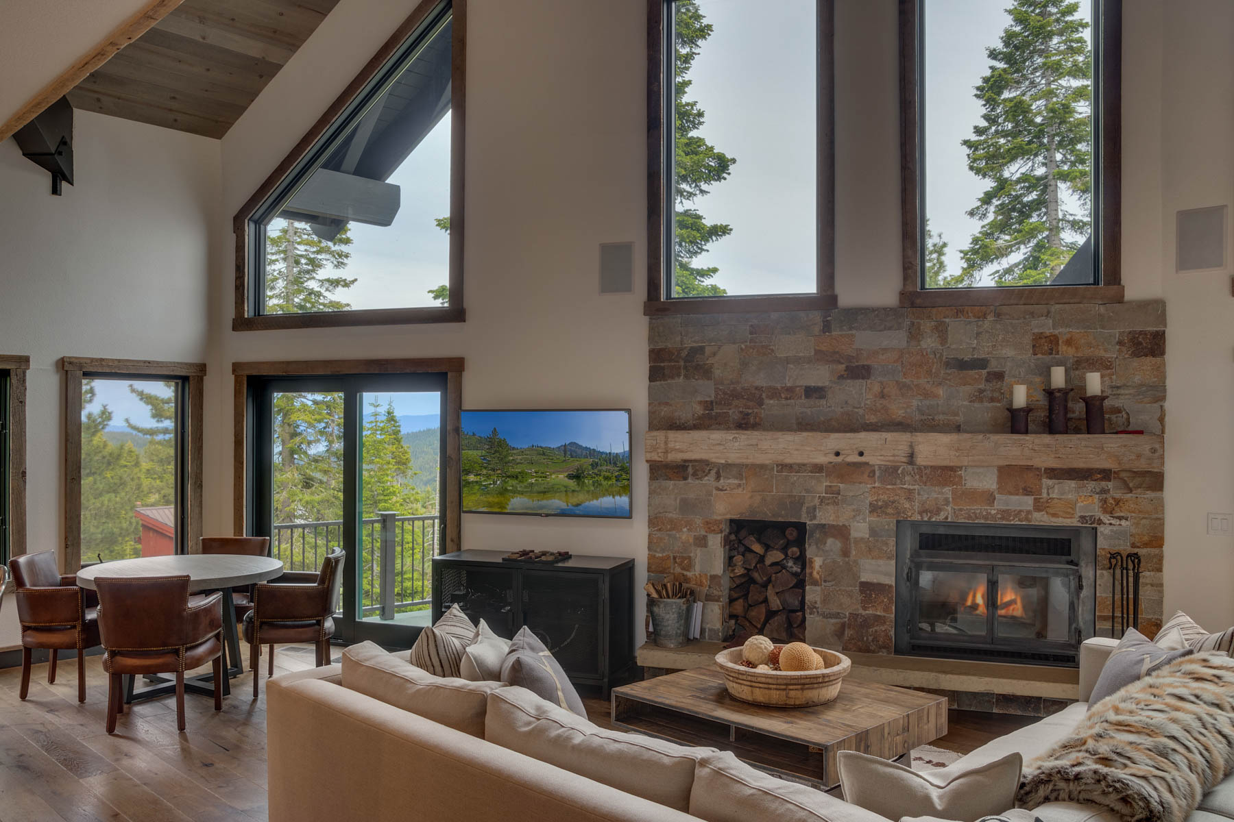 Additional photo for property listing at 4104 Verbier Rd., Tahoe City, CA 4104 Verbier Road Tahoe City, California 96145 United States