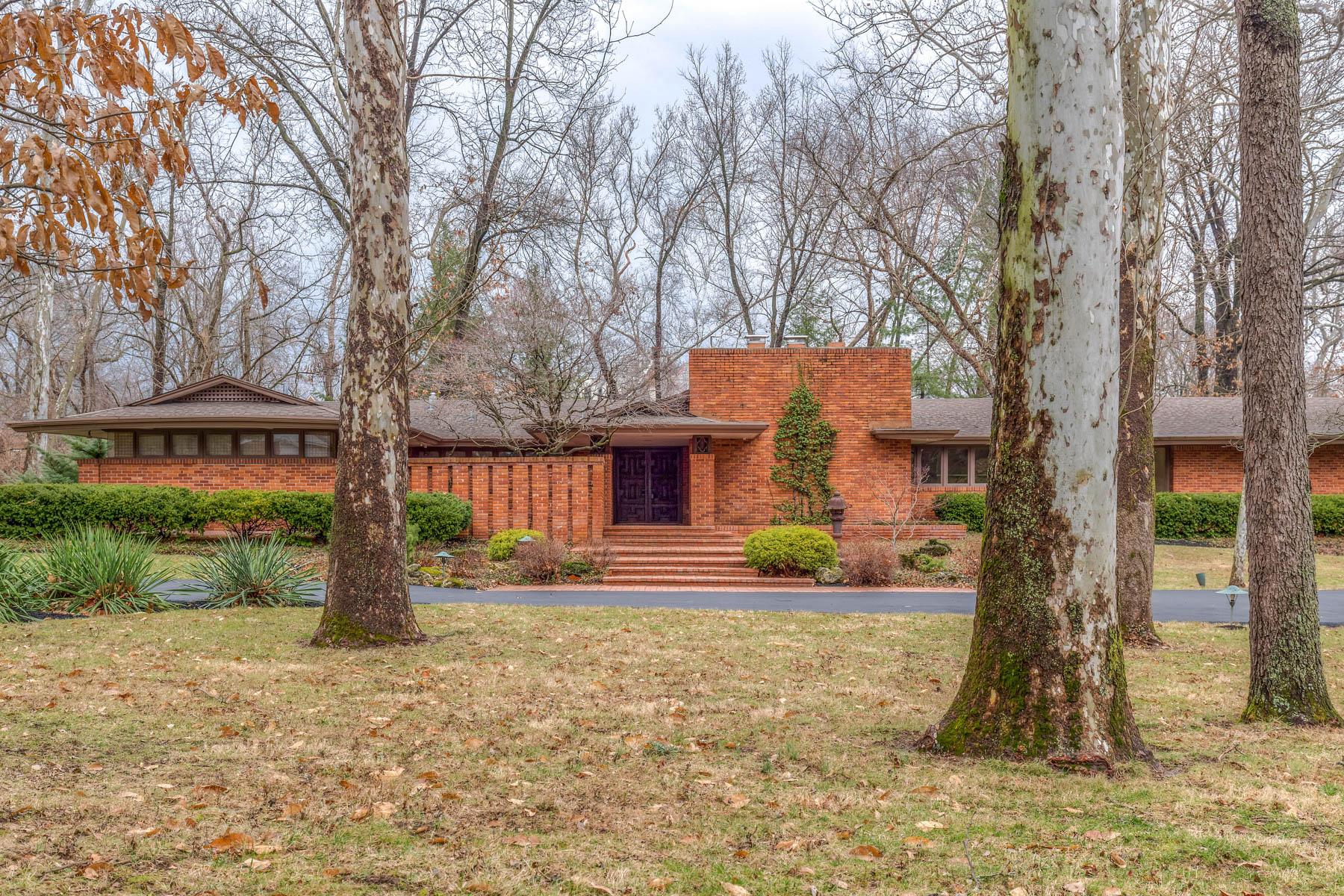 Maison unifamiliale pour l Vente à Babler Lane 11 Babler Lane Ladue, Missouri, 63124 États-Unis