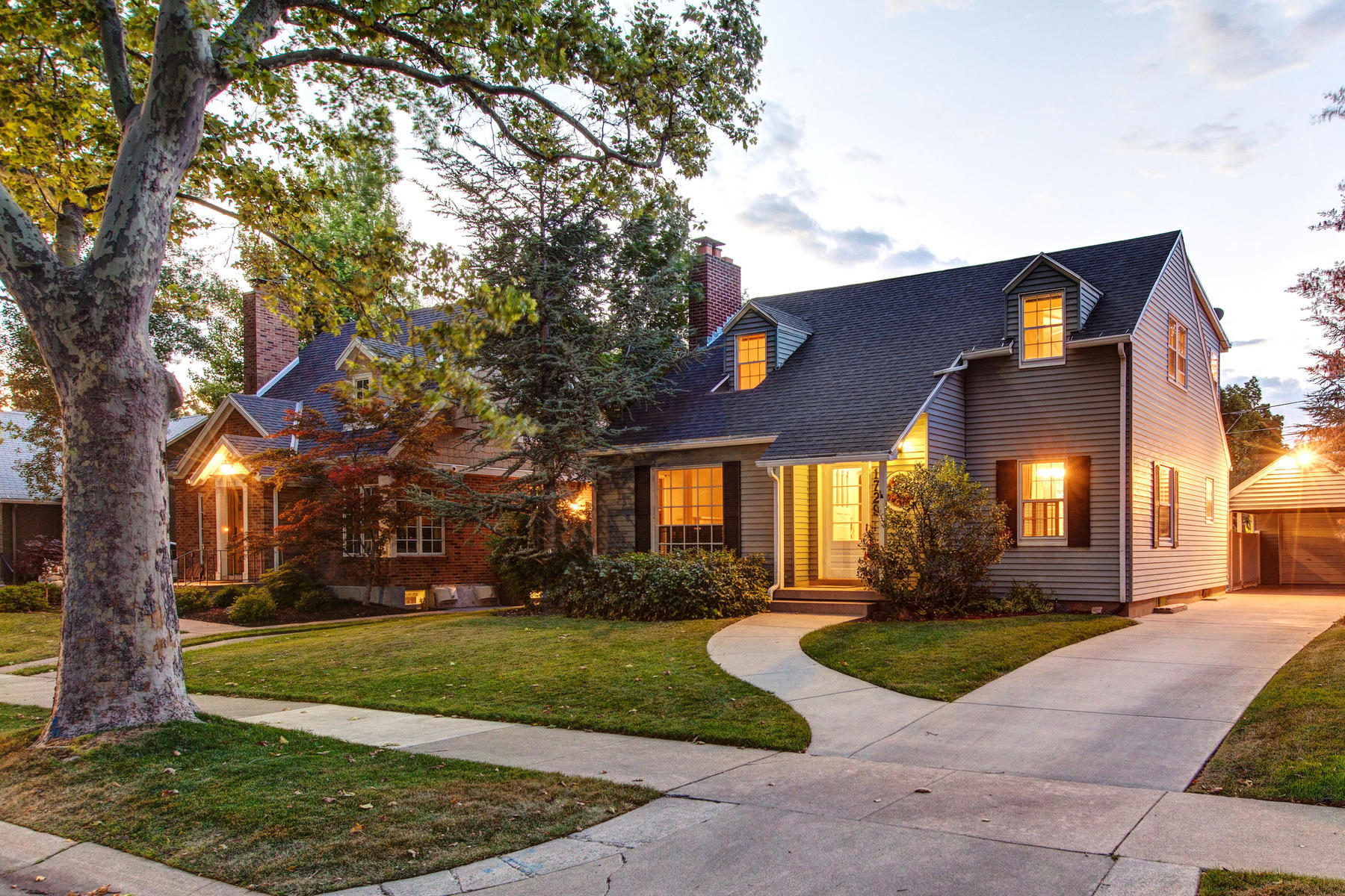 Single Family Home for Sale at One-Of-A-kind Harvard/Yale Cape Cod 1729 Laird Ave Salt Lake City, Utah, 84108 United States