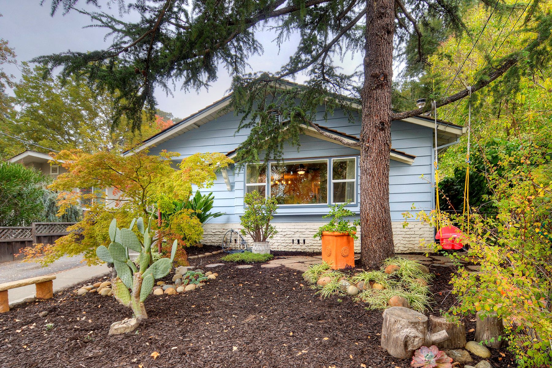 Single Family Home for Active at Fantastic Home in Prime Westside Redwood City 221 Inner Circle Redwood City, California 94062 United States