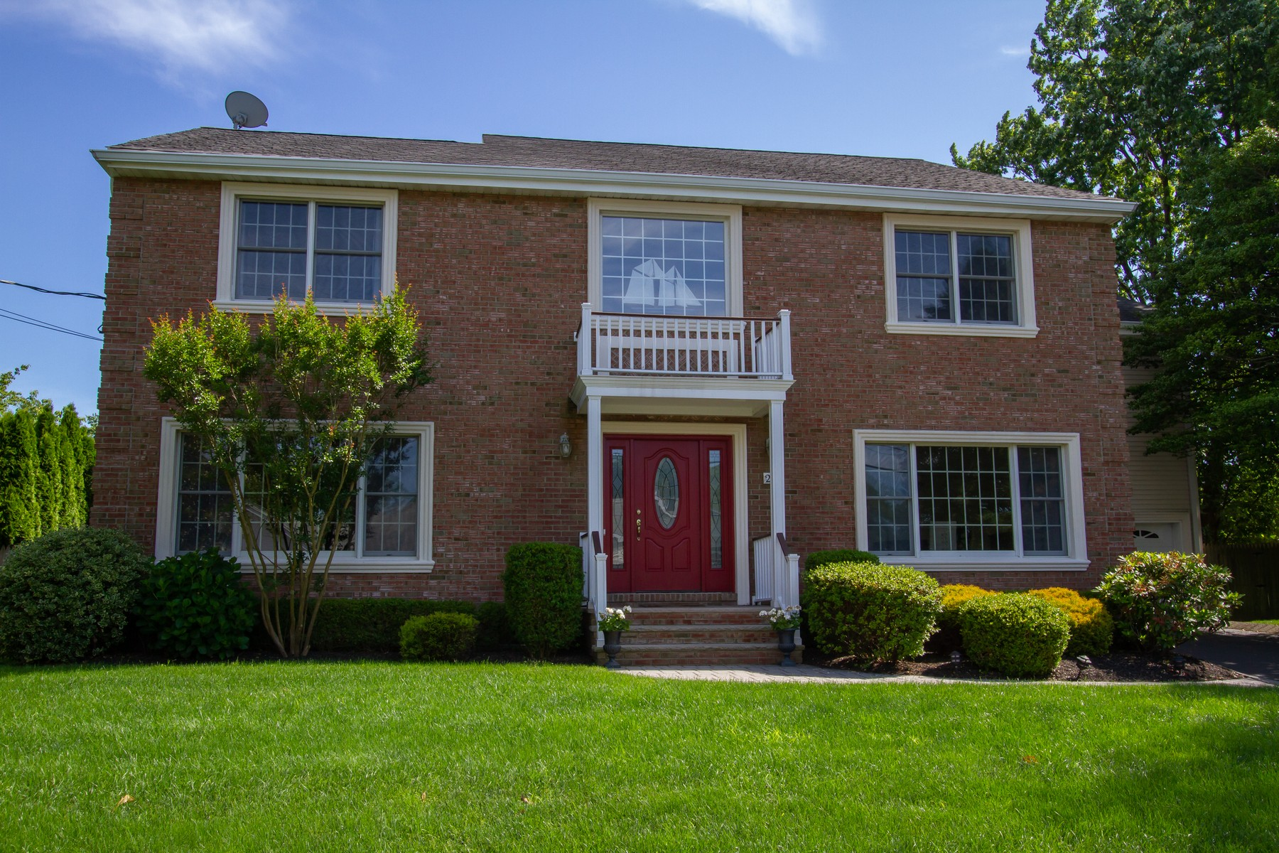 Single Family Homes for Active at Oceanport, NJ 20 Algonquin Avenue Oceanport, New Jersey 07757 United States