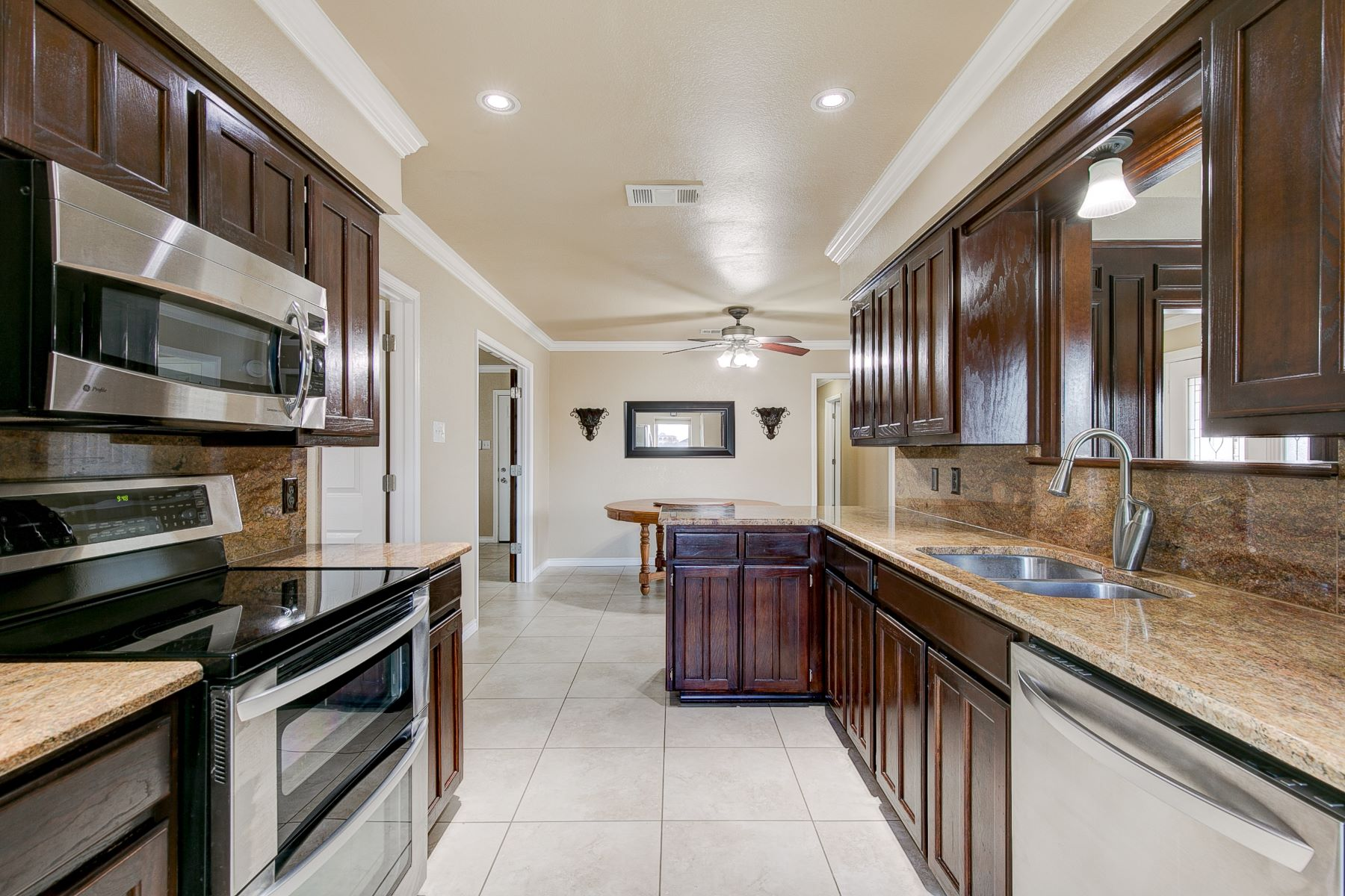Single Family Homes for Sale at Country living at it's best near transit access to the Chisholm Trail! 6117 FM 1902 Burleson, Texas 76058 United States