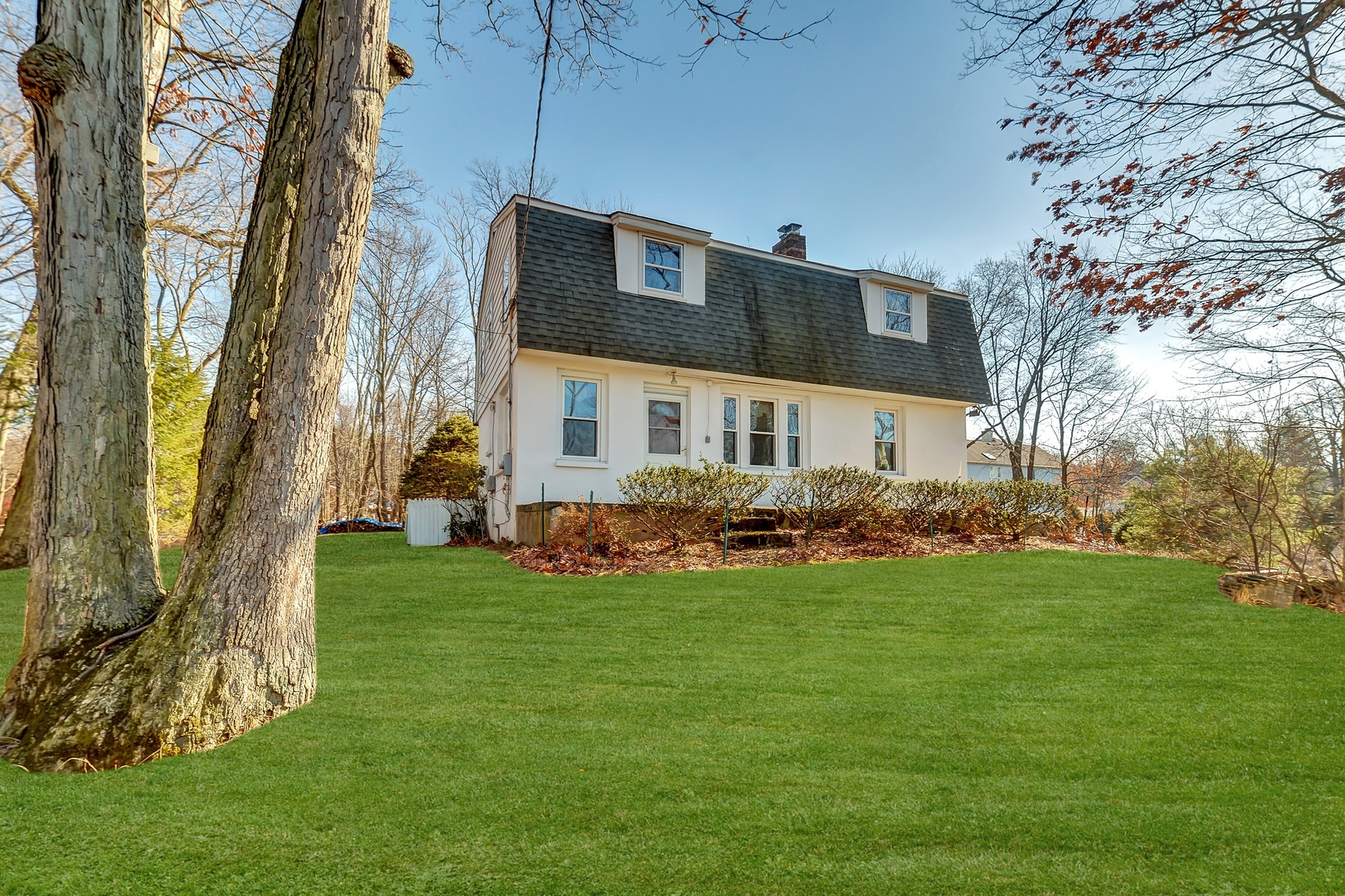 Single Family Home for Sale at Colonial Nestled on a Private and Quiet Lane 78 Suters Lane Wayne, New Jersey 07470 United States