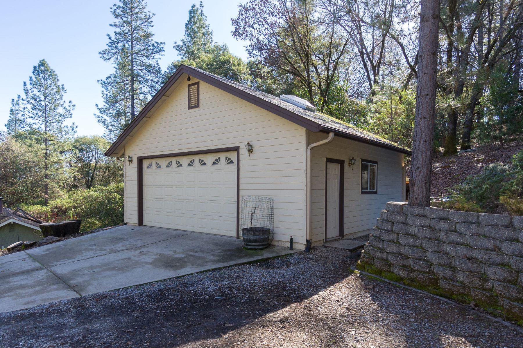 土地,用地 为 销售 在 Ready to Build in Pine Grove 18960 Rainbow Mine Road Pine Grove, 加利福尼亚州 95665 美国