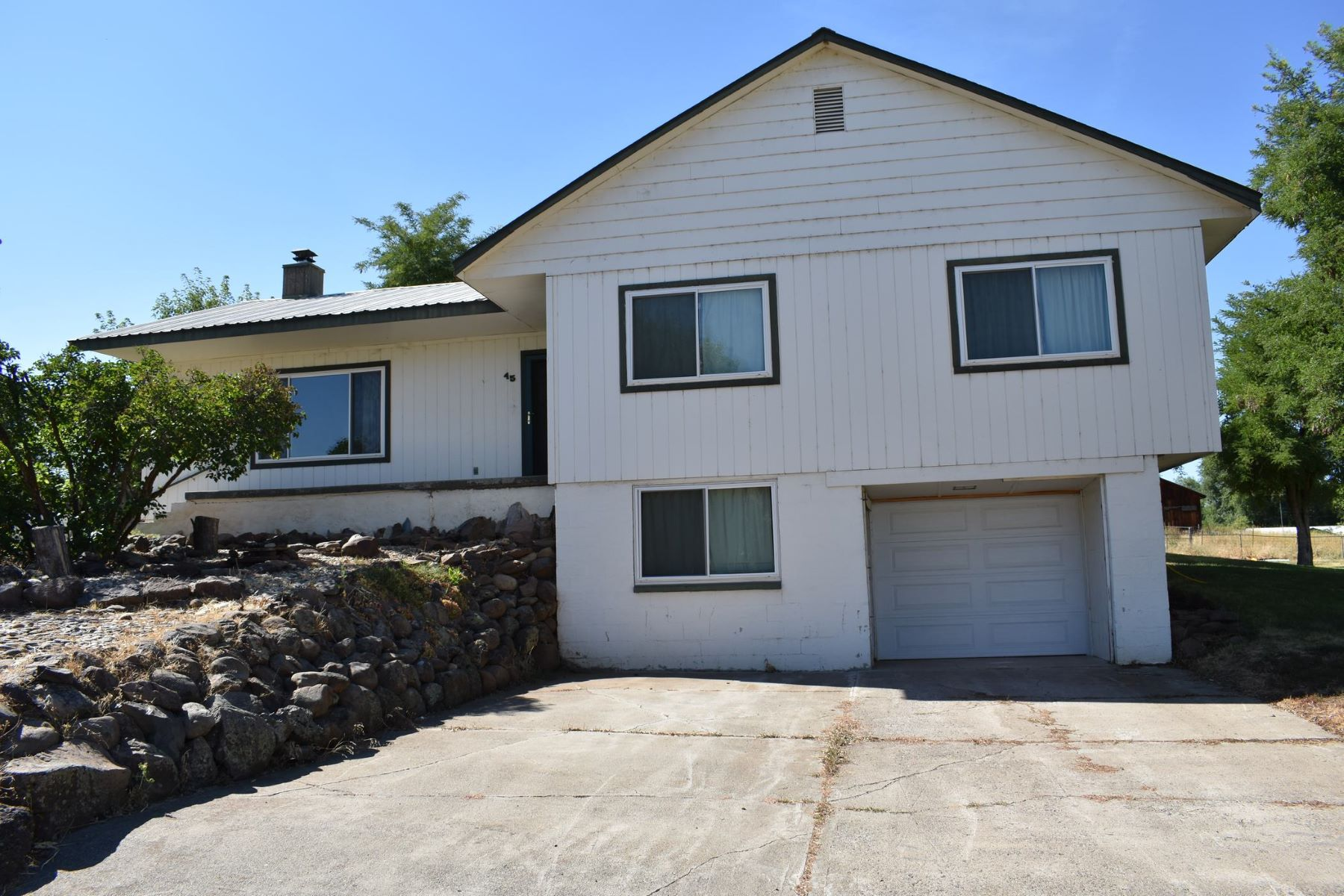 Single Family Home for Sale at 45 1st Street, Cambridge 45 N 1st St Cambridge, Idaho 83610