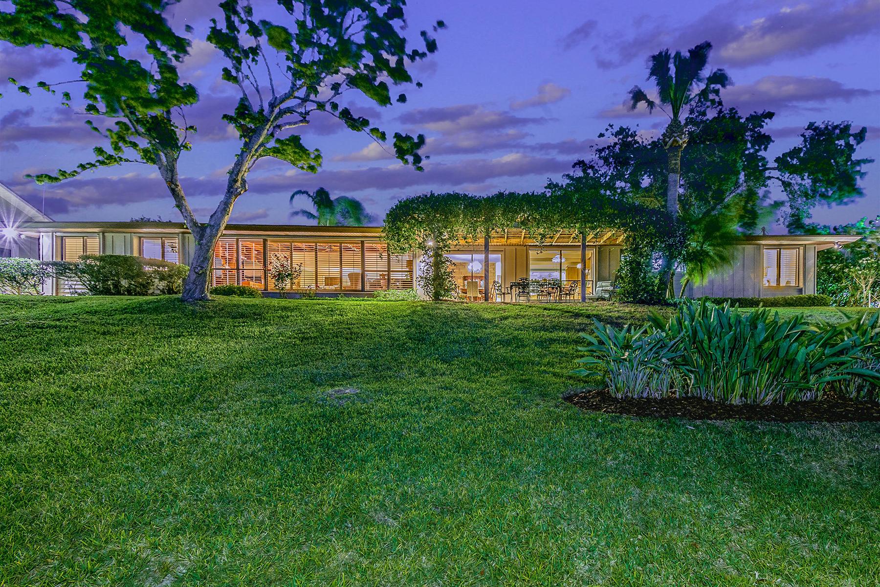 Casa para uma família para Venda às DAYTONA BEACH - FLORIDA 2206 S Peninsula Dr Daytona Beach, Florida 32118 Estados Unidos