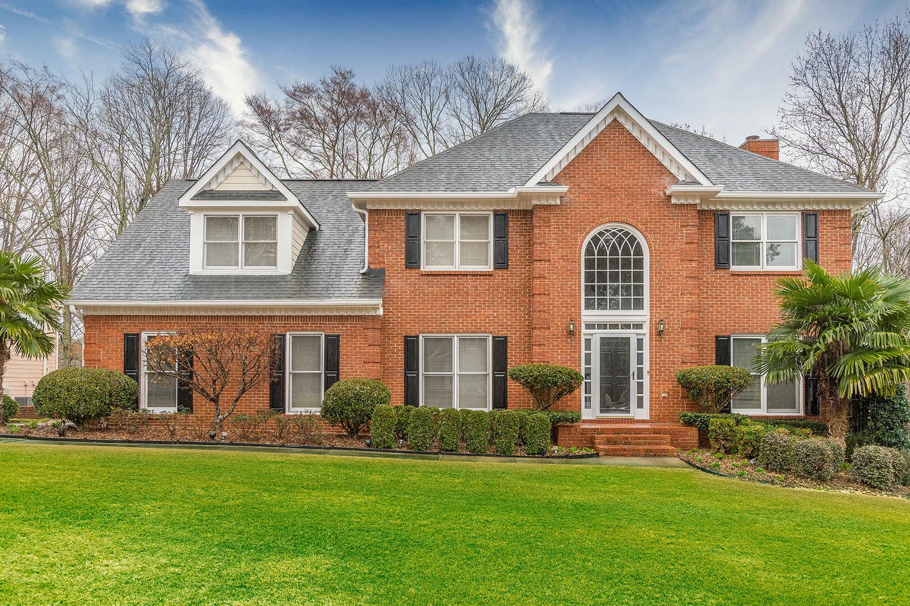 Single Family Homes for Active at Dreamy Snellville Home With Amazing Backyard 3722 Grahams Port Lane Snellville, Georgia 30039 United States