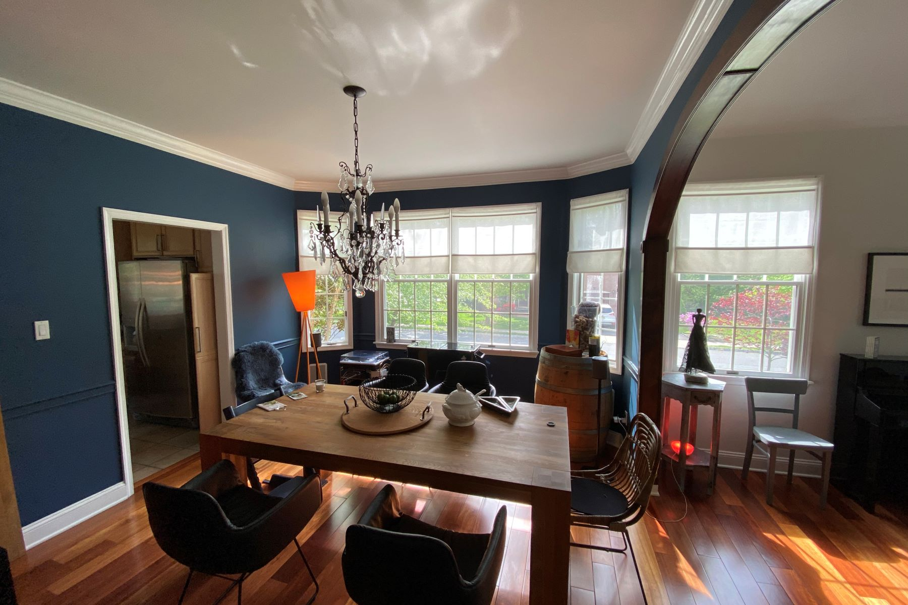 Additional photo for property listing at Spacious and Updated Colonial for Rent 30 Leicester Court, Princeton, New Jersey 08540 United States