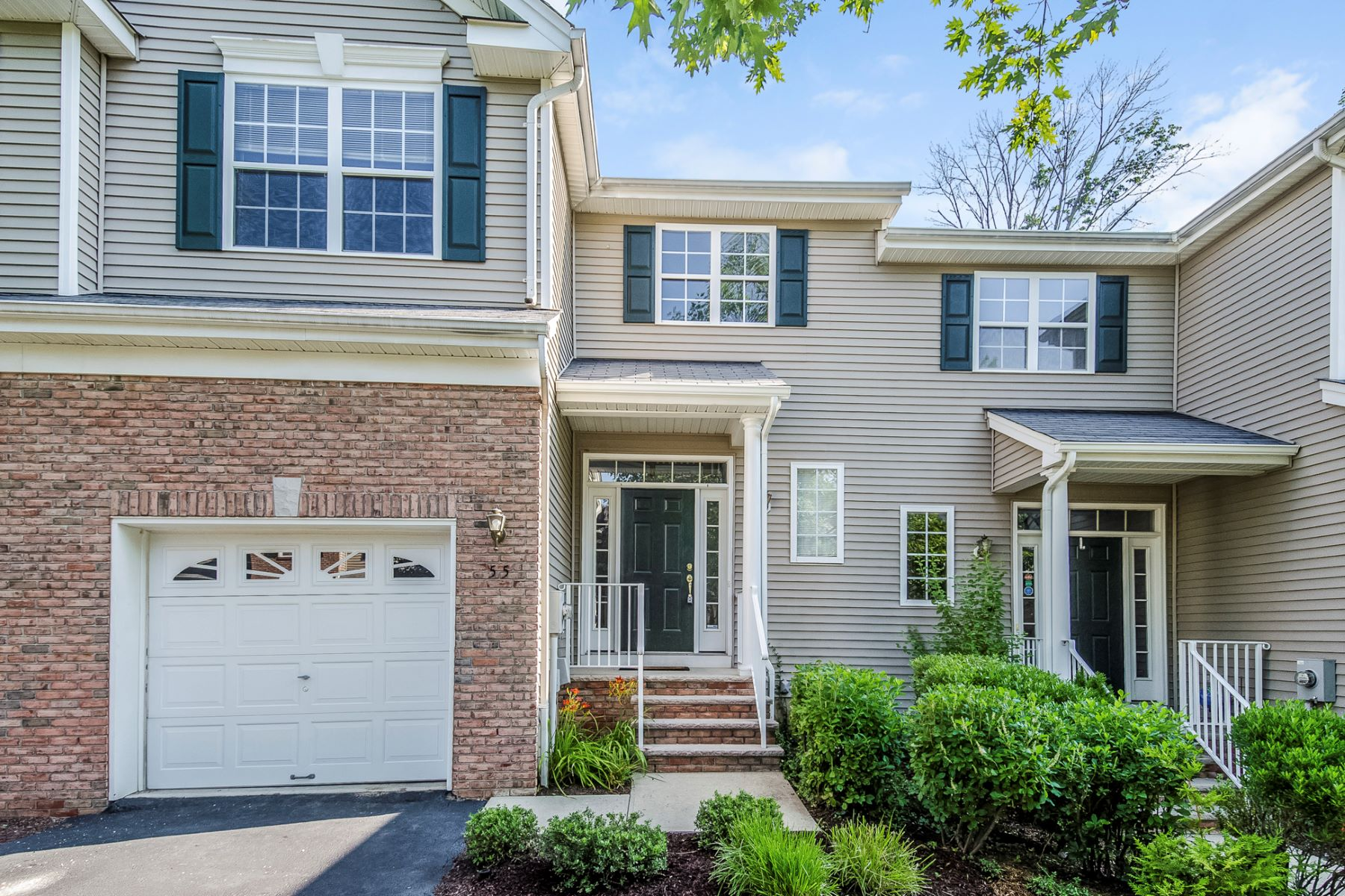 Casa unifamiliar adosada (Townhouse) por un Venta en Beautiful and Spacious Devon Model 55 Jackson Avenue, Princeton, Nueva Jersey 08540 Estados UnidosEn/Alrededor: Montgomery Township