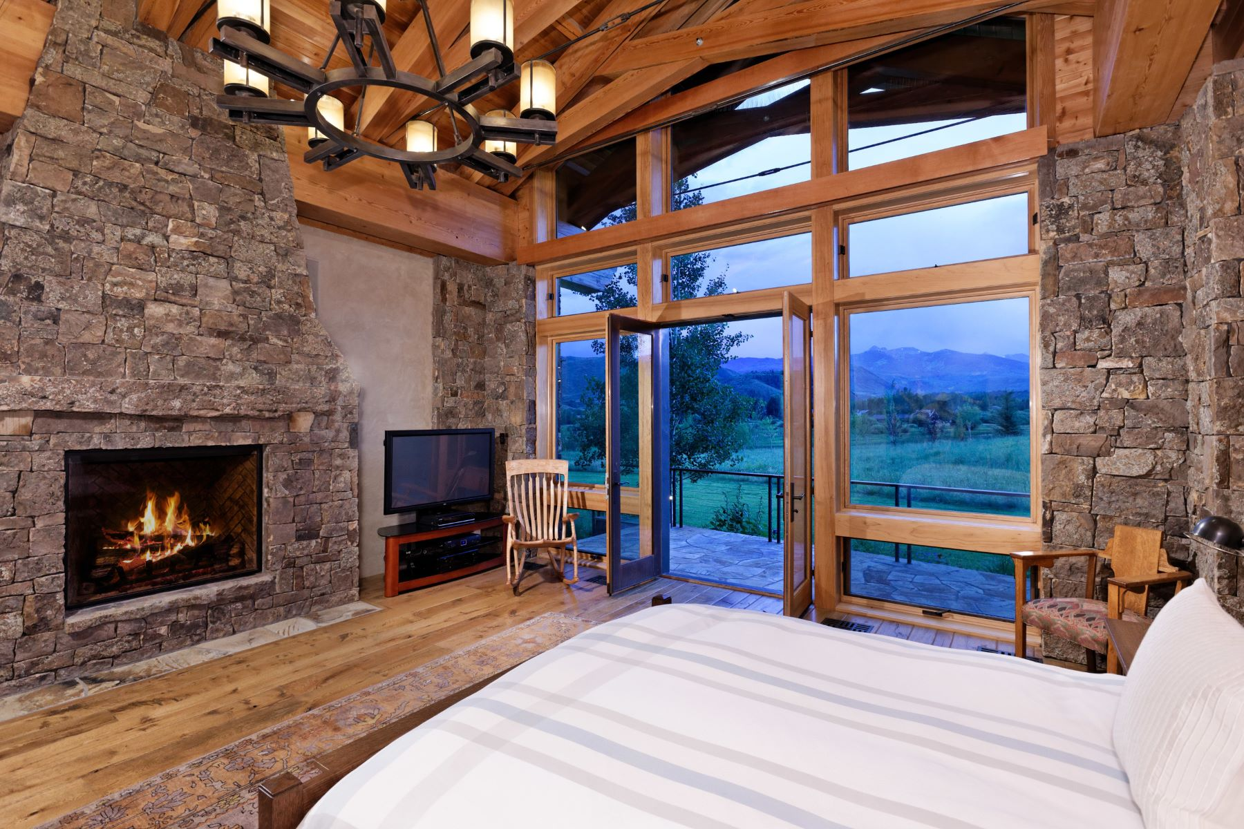 Additional photo for property listing at A Timeless Work of Love 6401 E. Sopris Creek Road Snowmass, Colorado 81654 United States
