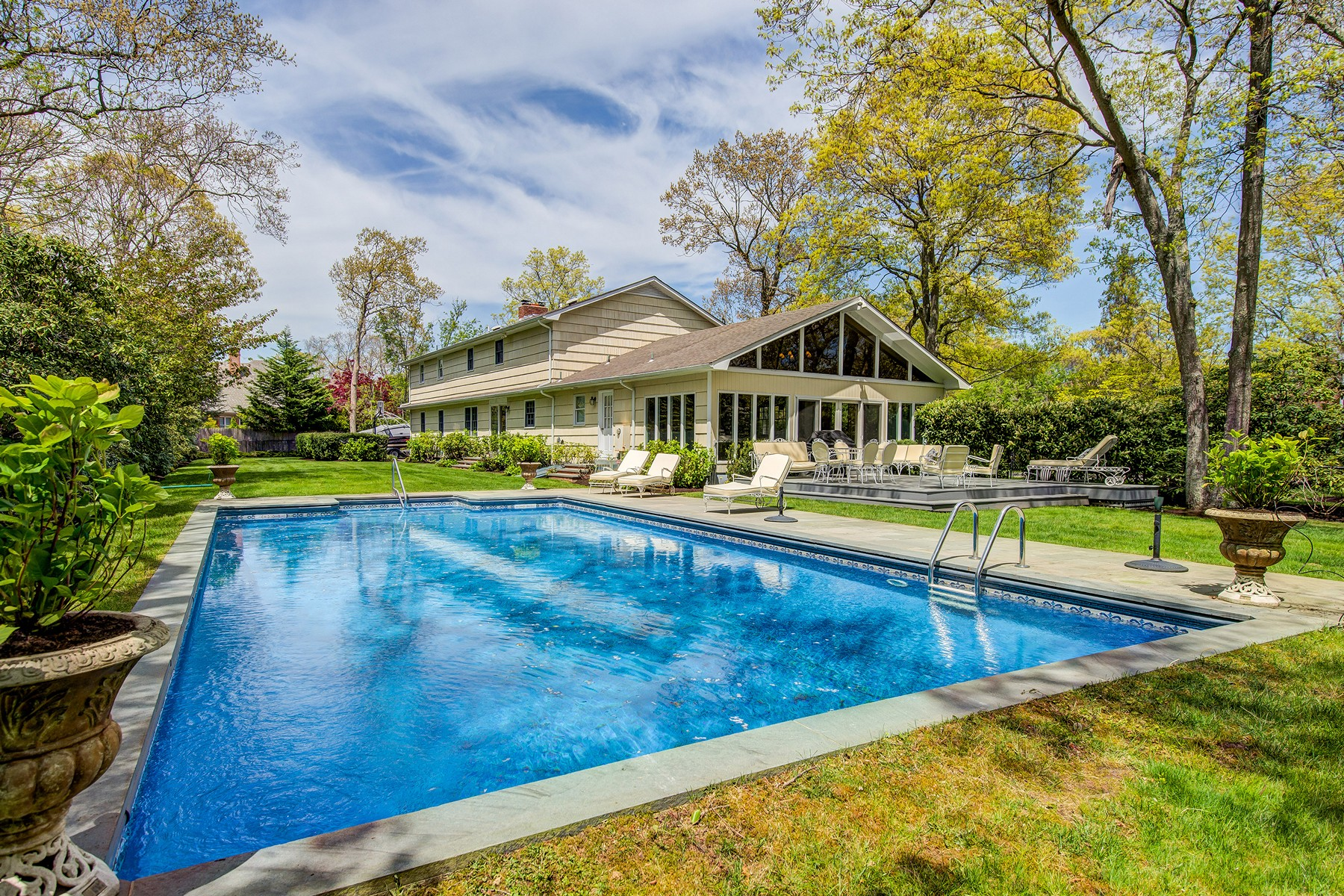 Single Family Home for Active at 77 Griffing Ave Westhampton Beach, New York 11978 United States