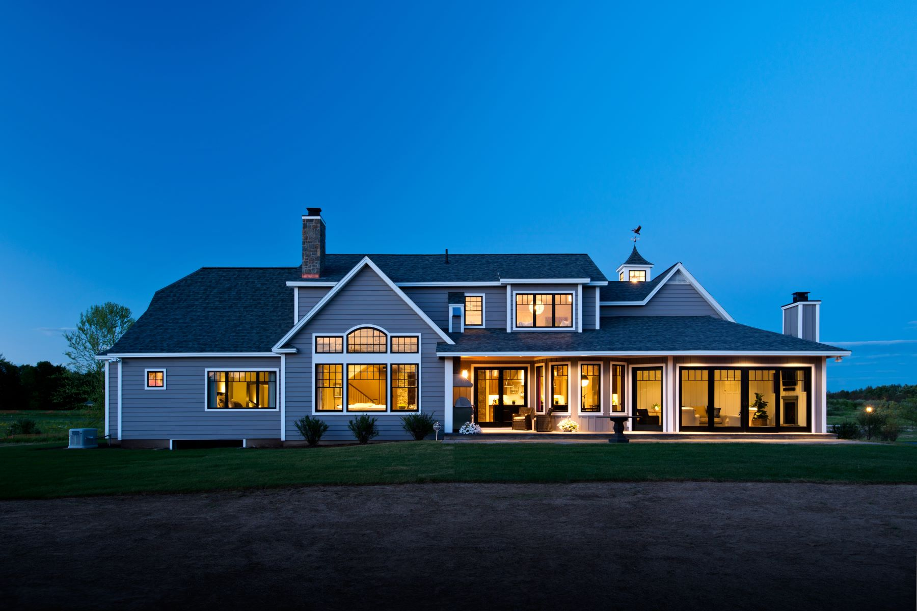 Single Family Homes för Försäljning vid Custom Modern Farmhouse 07 Woodard Rd Rd, Wilton, New York 12831 Förenta staterna