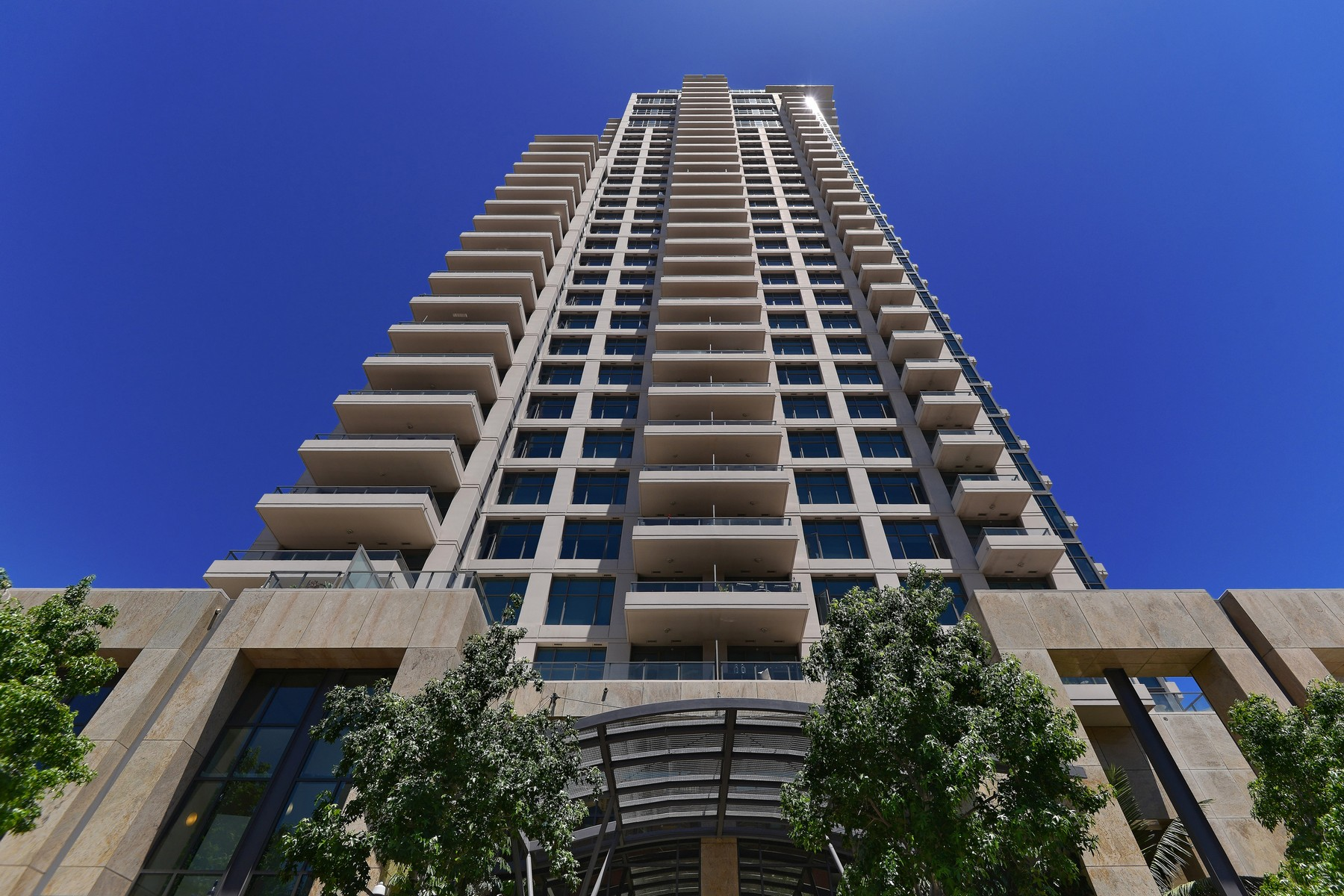 واحد منزل الأسرة للـ Sale في The Pinnacle 550 Front Street 3103 San Diego, California, 92101 United States