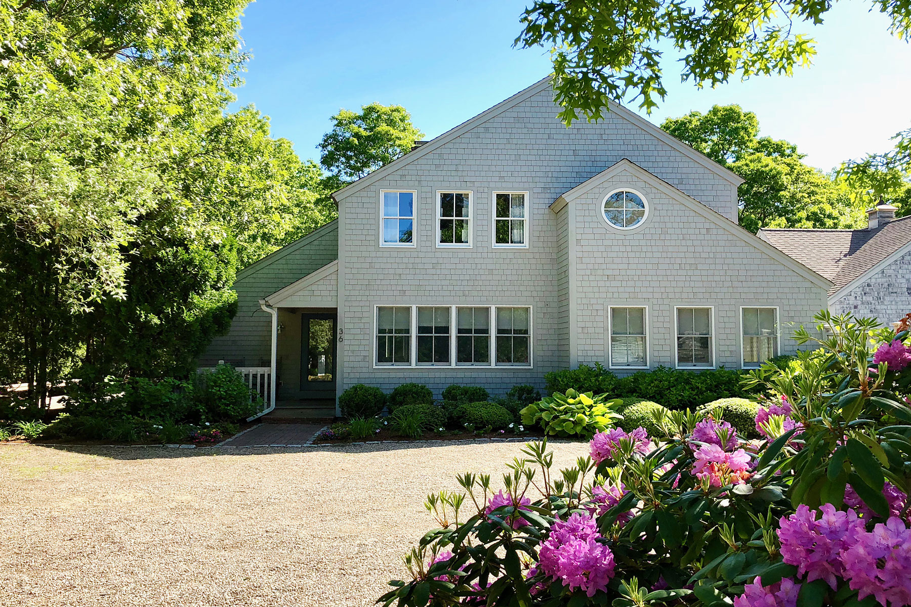 Single Family Home for Active at BRIGHT & OPEN FLOOR PLAN 36 Keel Way New Seabury, Massachusetts 02649 United States