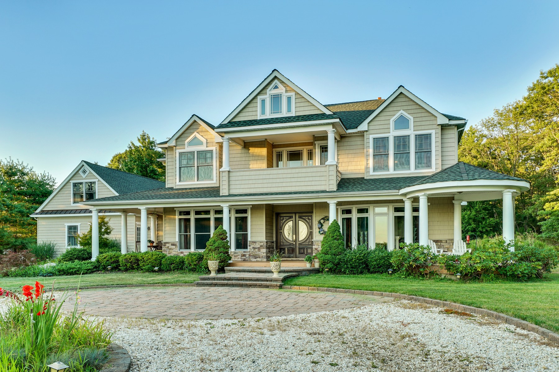 Maison unifamiliale pour l Vente à Inspired by Natural Landscape 4148 Atlantic Ave Wall, New Jersey 07719 États-Unis