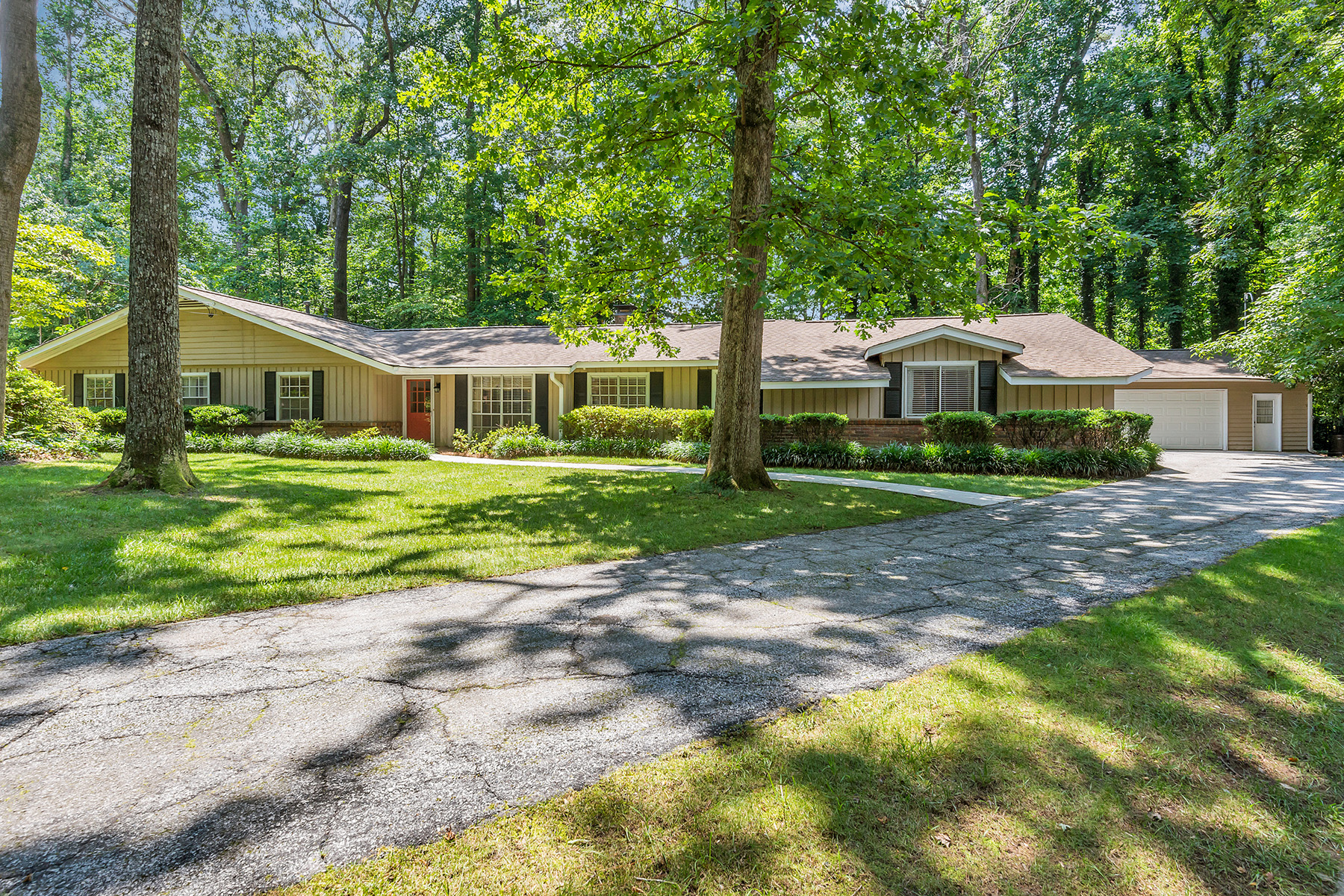Single Family Home for Sale at Renovated Ranch In The Heart Of Dunwoody 2210 Prestwood Court Dunwoody, Georgia 30338 United States