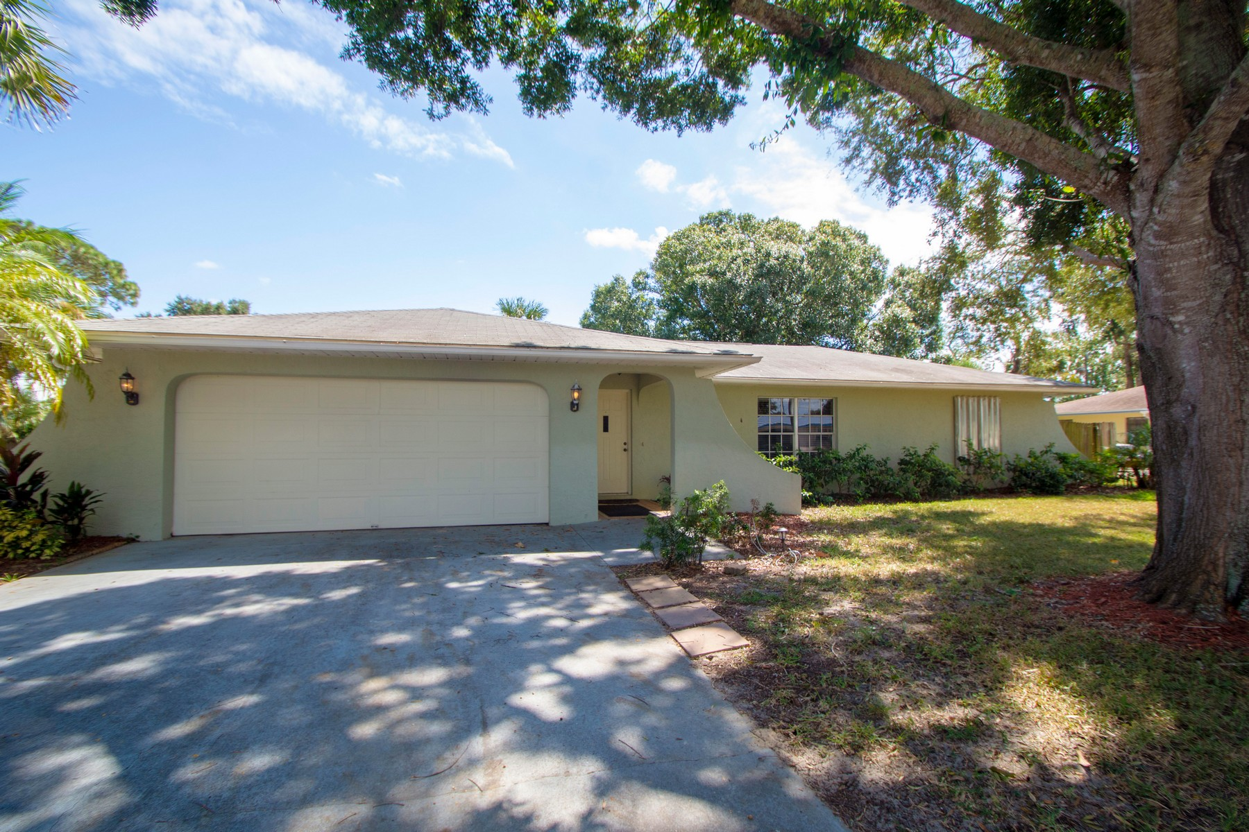 Lovely Four Bedroom Home on One Third Acre 256 15th Avenue Vero Beach, Florida 32962 Vereinigte Staaten