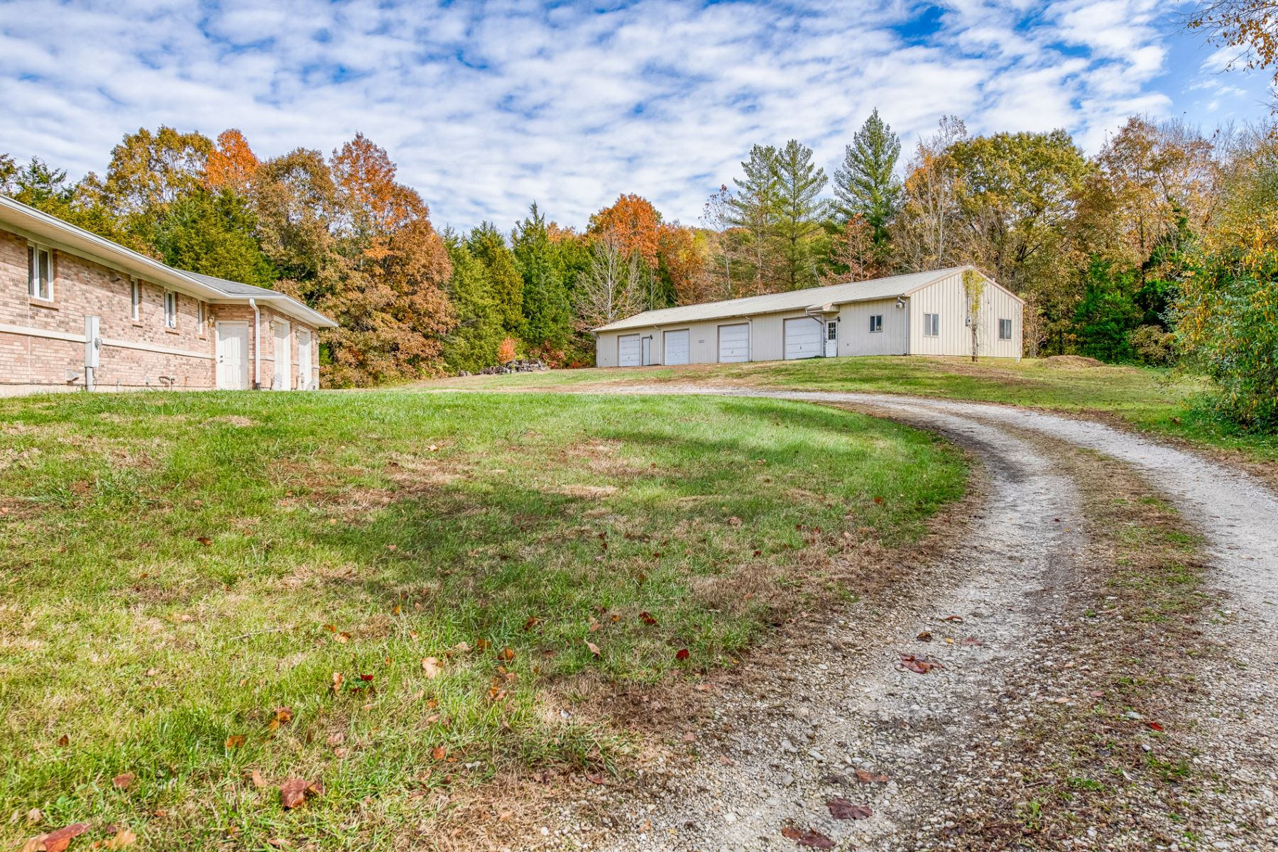 Additional photo for property listing at Windy Valley 7118 Windy Valley  Lane Pacific, Missouri 63069 United States