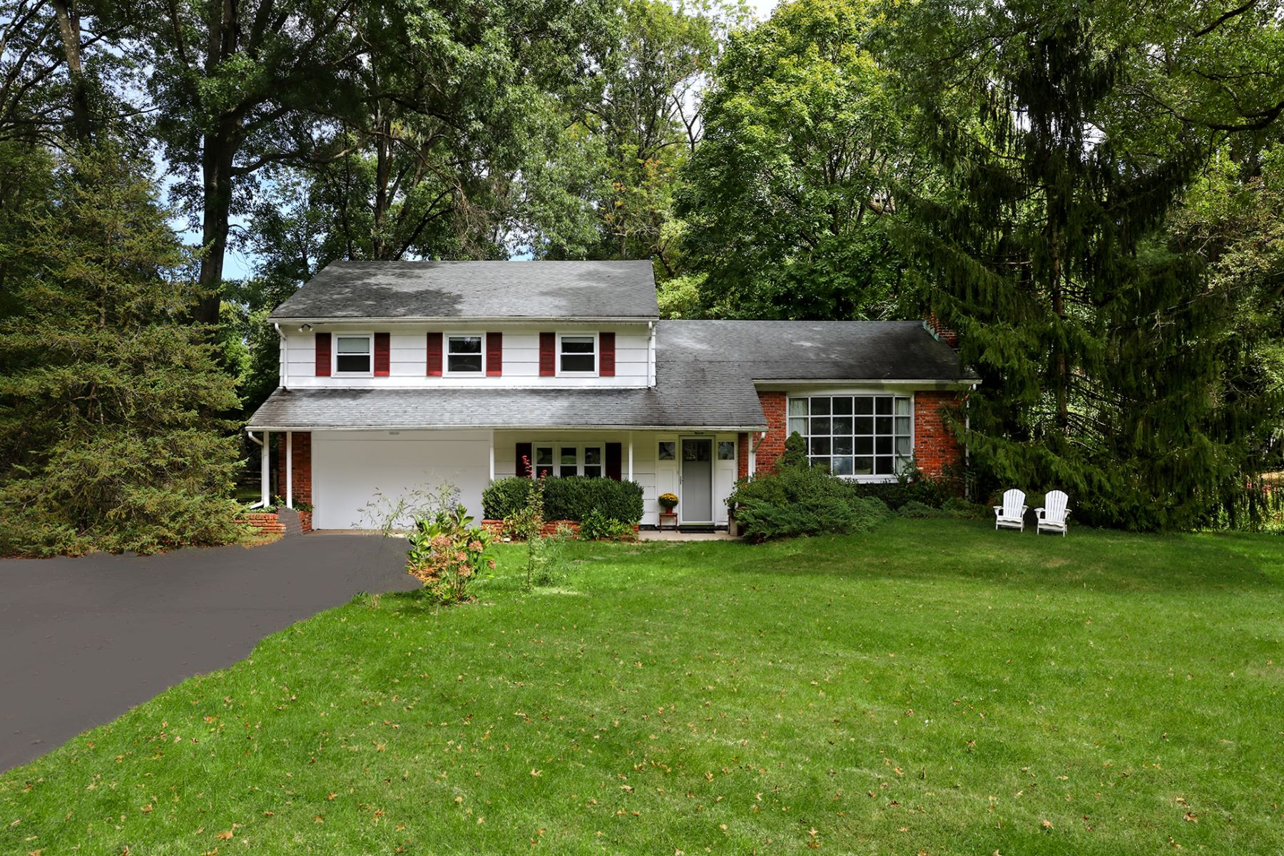 Property for Sale at This Sunny Littlebrook Home Feels Just Right! 67 Locust Lane, Princeton, New Jersey 08540 United States