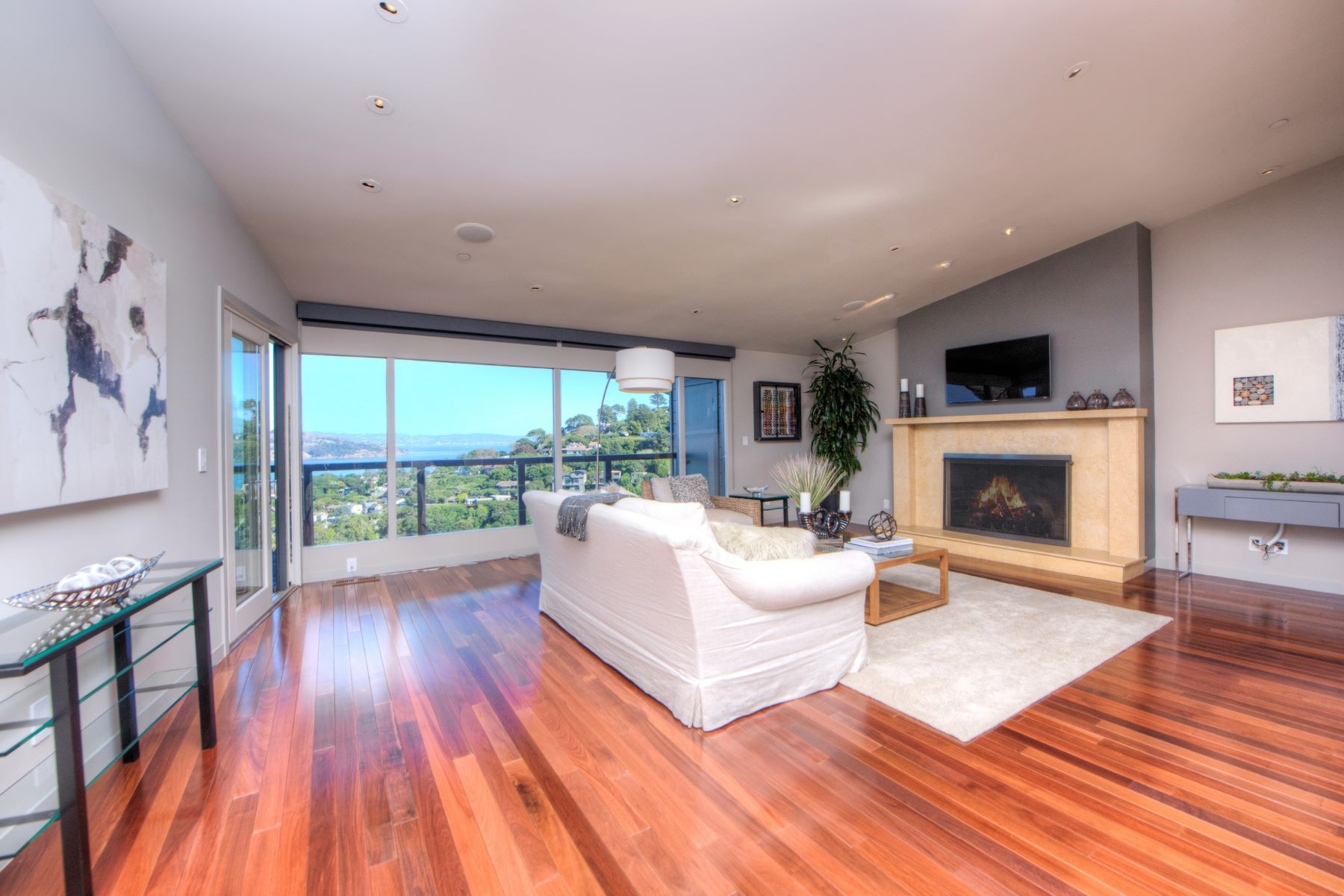 Additional photo for property listing at Contemporary with Stunning Bay Views! 51 George Lane Sausalito, カリフォルニア 94965 アメリカ合衆国