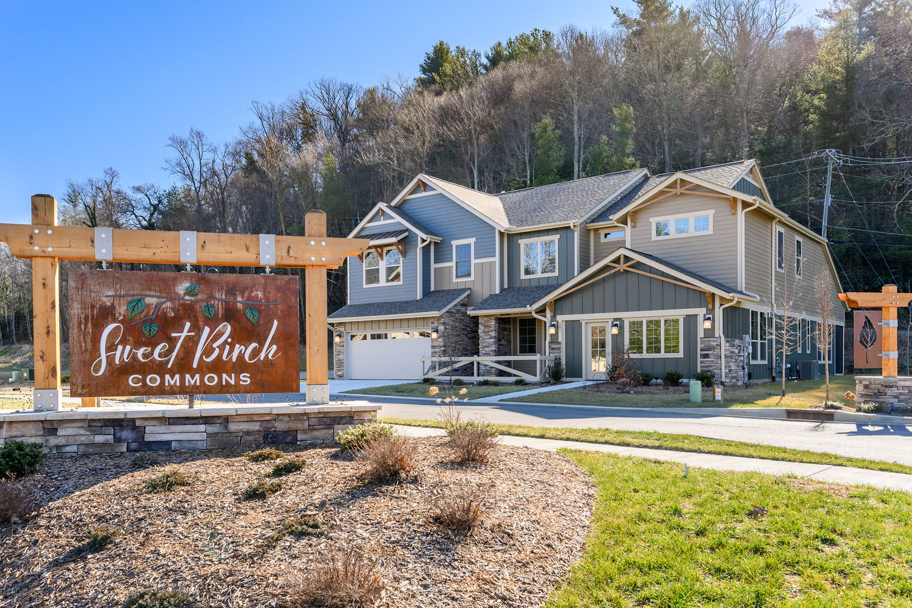 Condominiums for Active at SWEET BIRCH COMMONS TBD Sweet Birch Park Ln Black Mountain, North Carolina 28711 United States