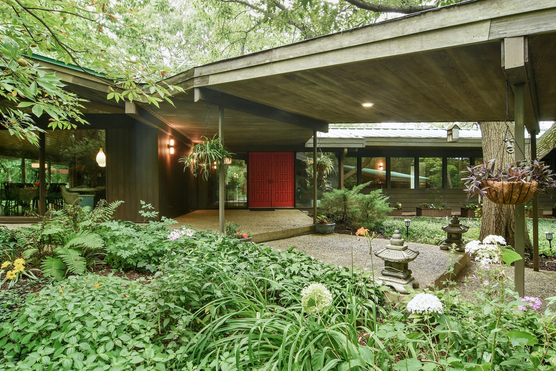 single family homes for Sale at Mid-Century Modern Home 65 Timberlake Parkway Barrington, Illinois 60010 United States