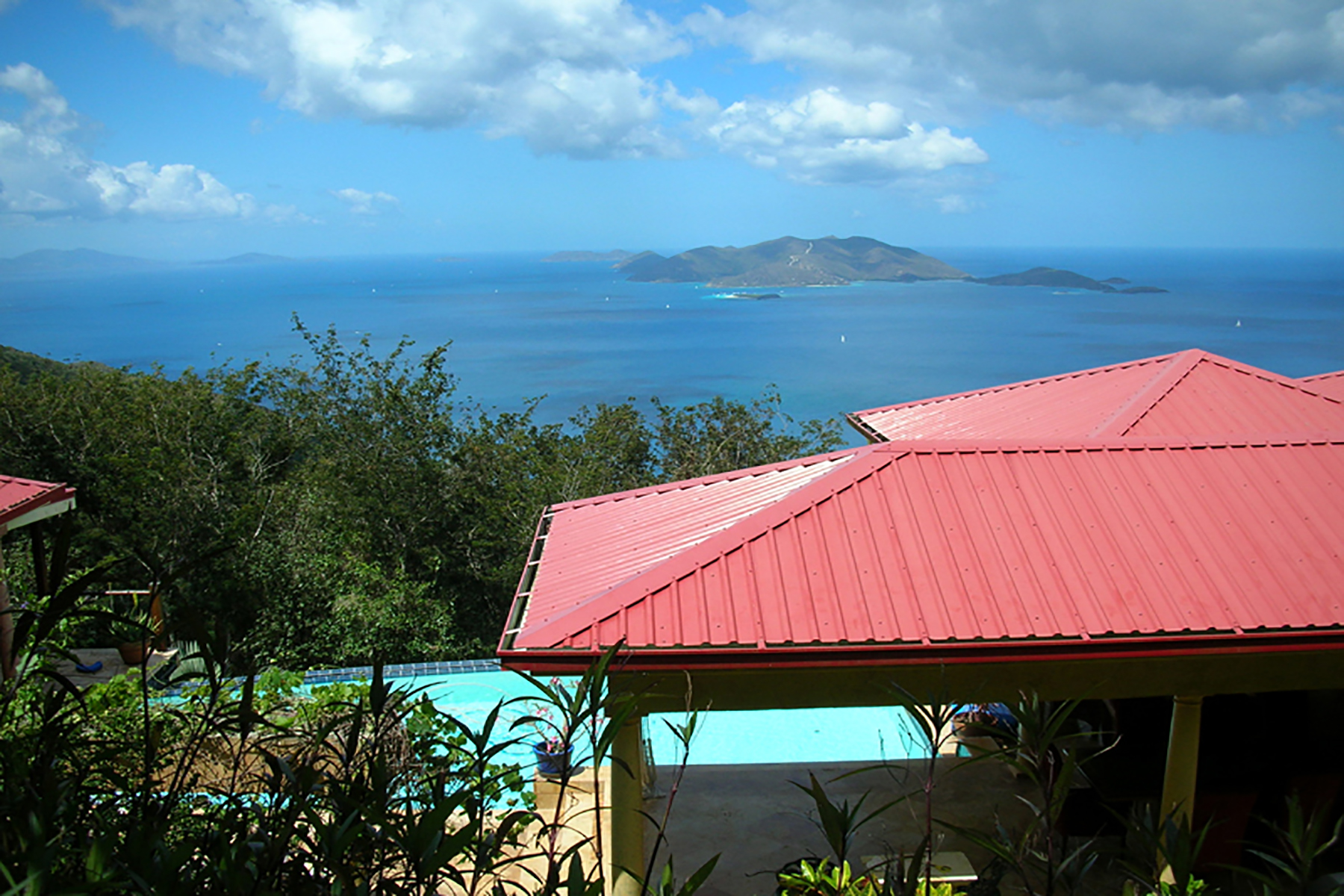 واحد منزل الأسرة للـ Sale في Maarib House Shannon, Tortola, British Virgin Islands