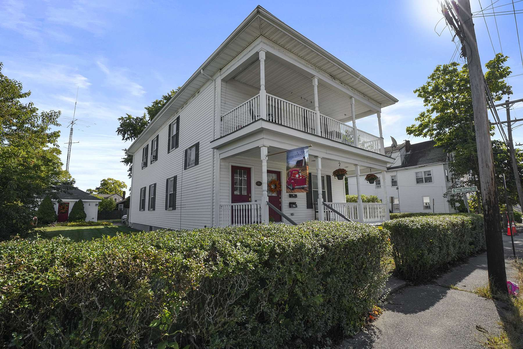 Multi-Family Homes for Sale at 405 Washington St, Taunton 405 Washington St Taunton, Massachusetts 02780 United States
