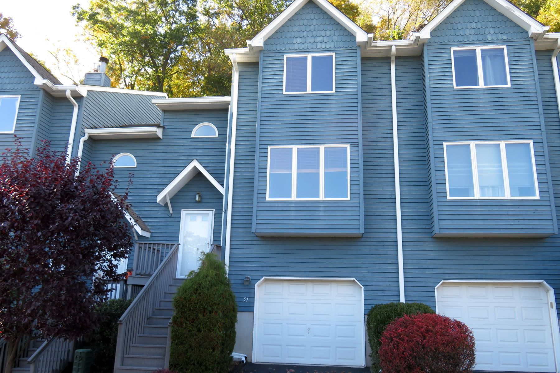 Condominiums for Active at Light-Filled Townhouse 51 Village Gate Way Nyack, New York 10960 United States