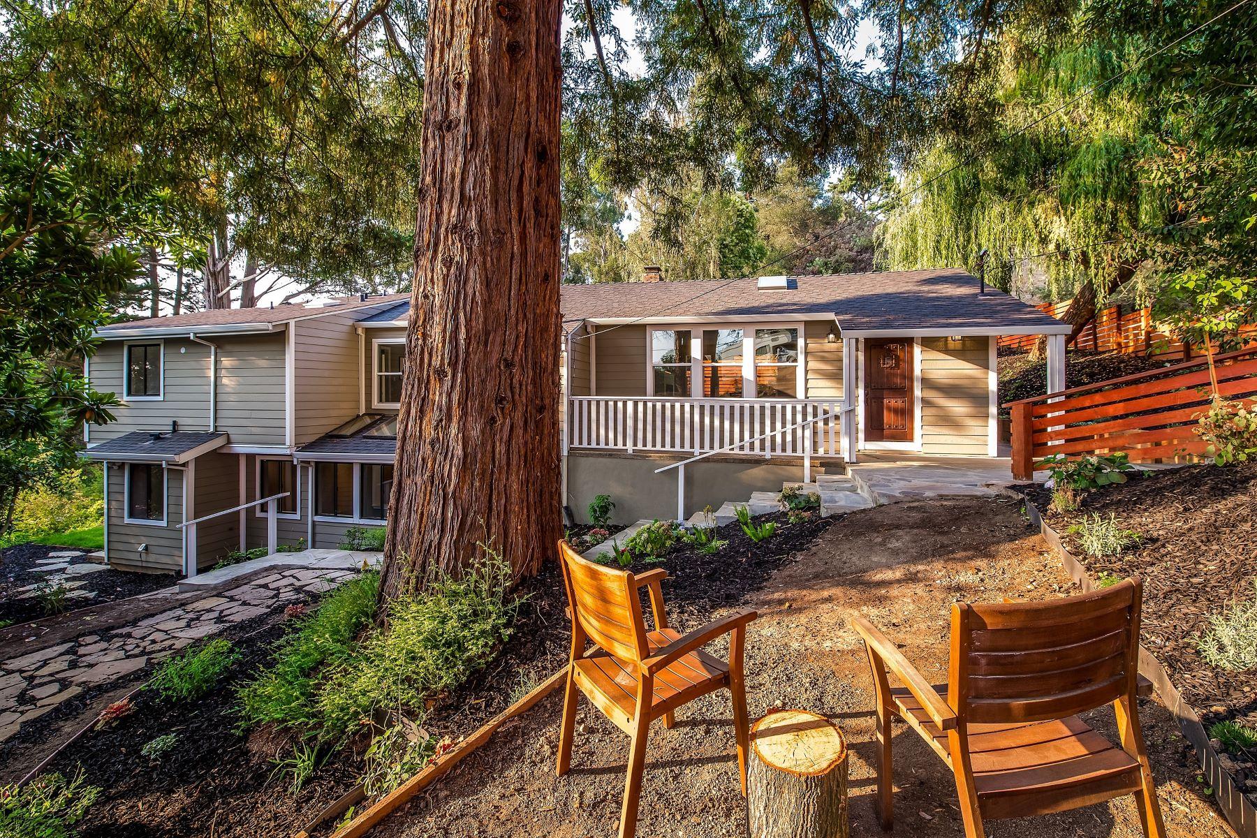 Casa Unifamiliar por un Venta en Newly Remodeled Contemporary 6281 Aspinwall Road Oakland, California 94611 Estados Unidos