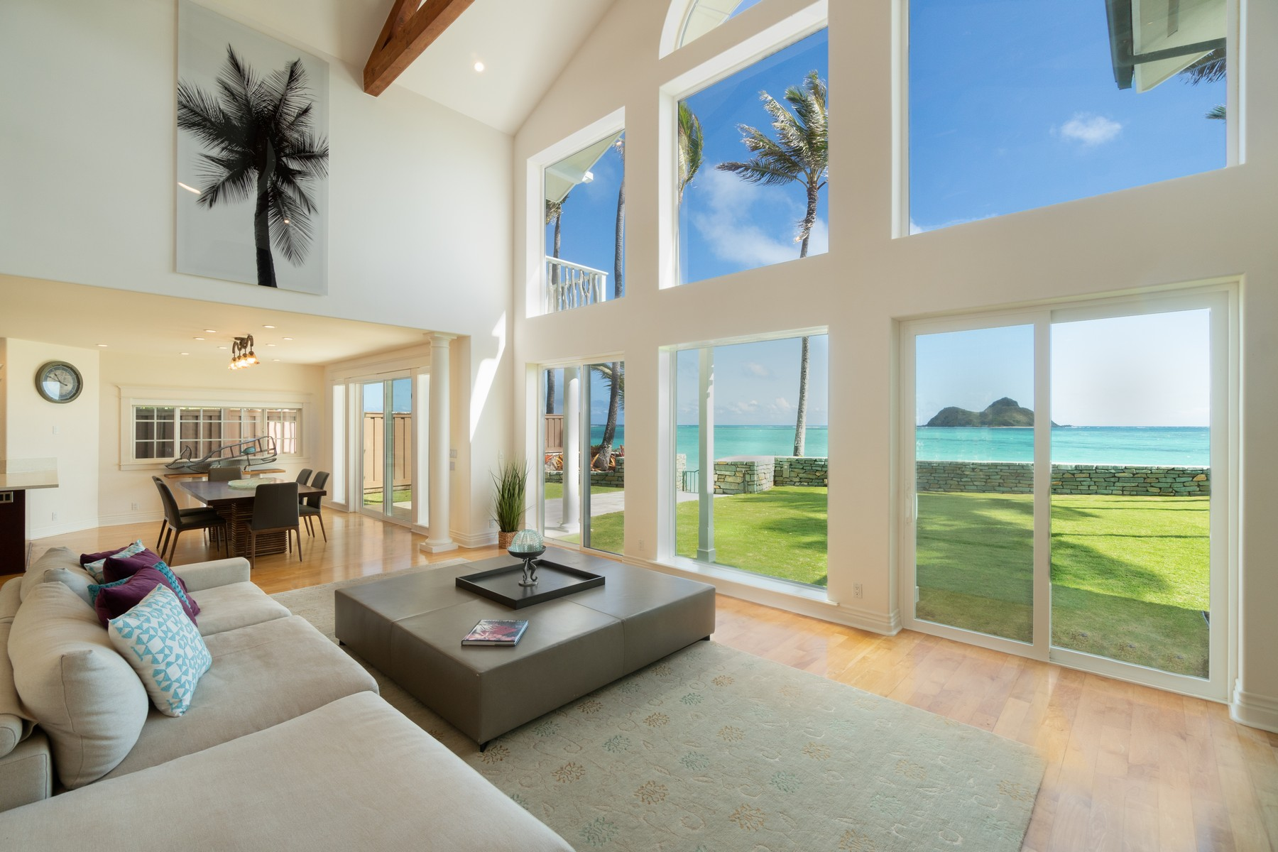 Single Family Homes 为 销售 在 Beachfront Property In Beautiful Lanikai 1360 Mokulua Dr 凯卢阿, 夏威夷 96734 美国