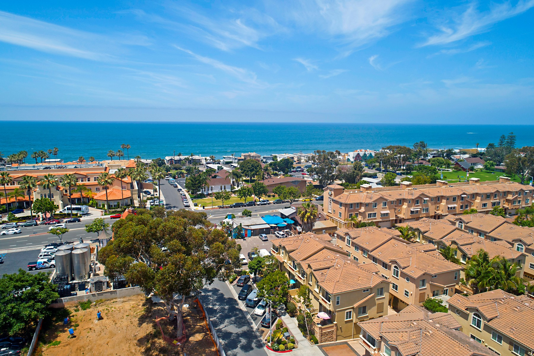 townhouses for Sale at 2760 Carlsbad Boulevard #102 Carlsbad, California 92008 United States