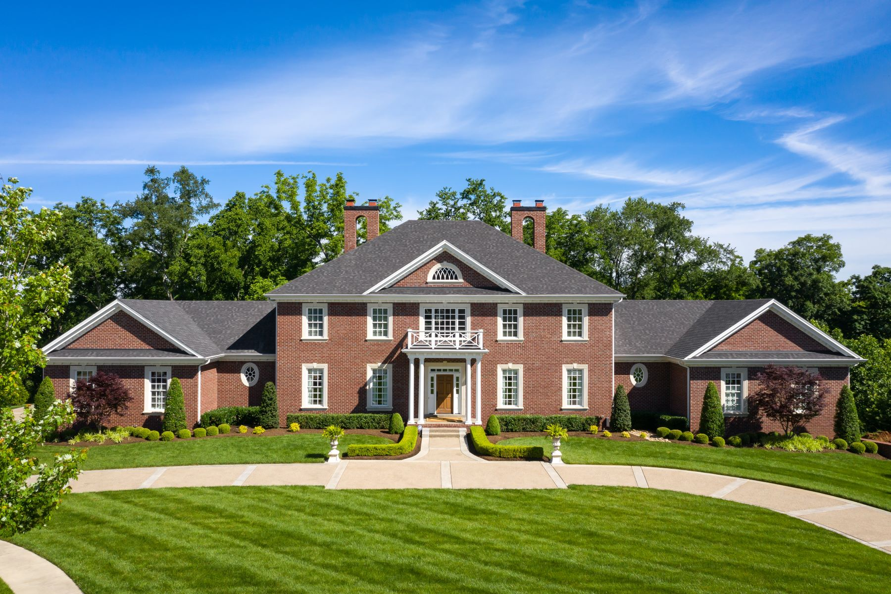 Single Family Homes pour l Vente à 5708 Harrods Glen Drive Prospect, Kentucky 40059 États-Unis