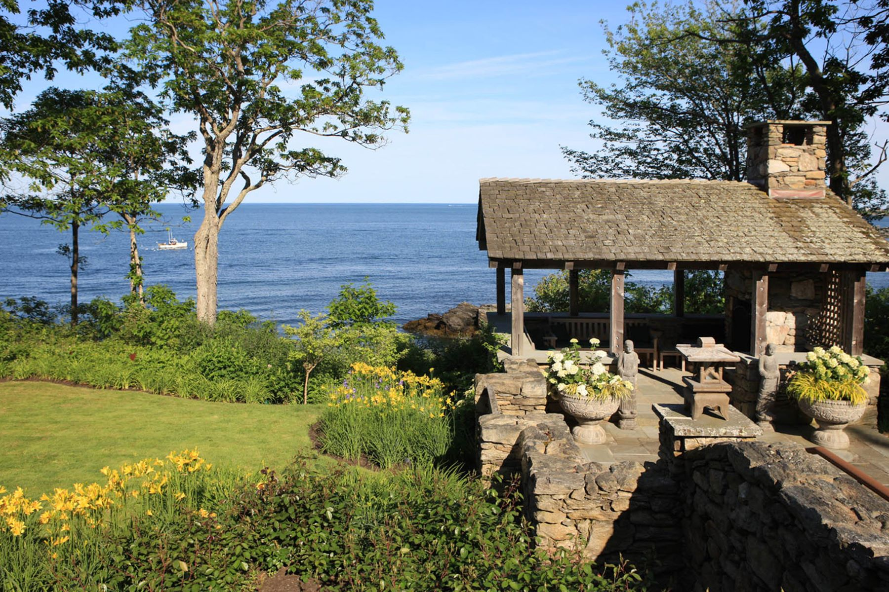Additional photo for property listing at 1172 Shore Road  Cape Elizabeth, Maine 04107 United States