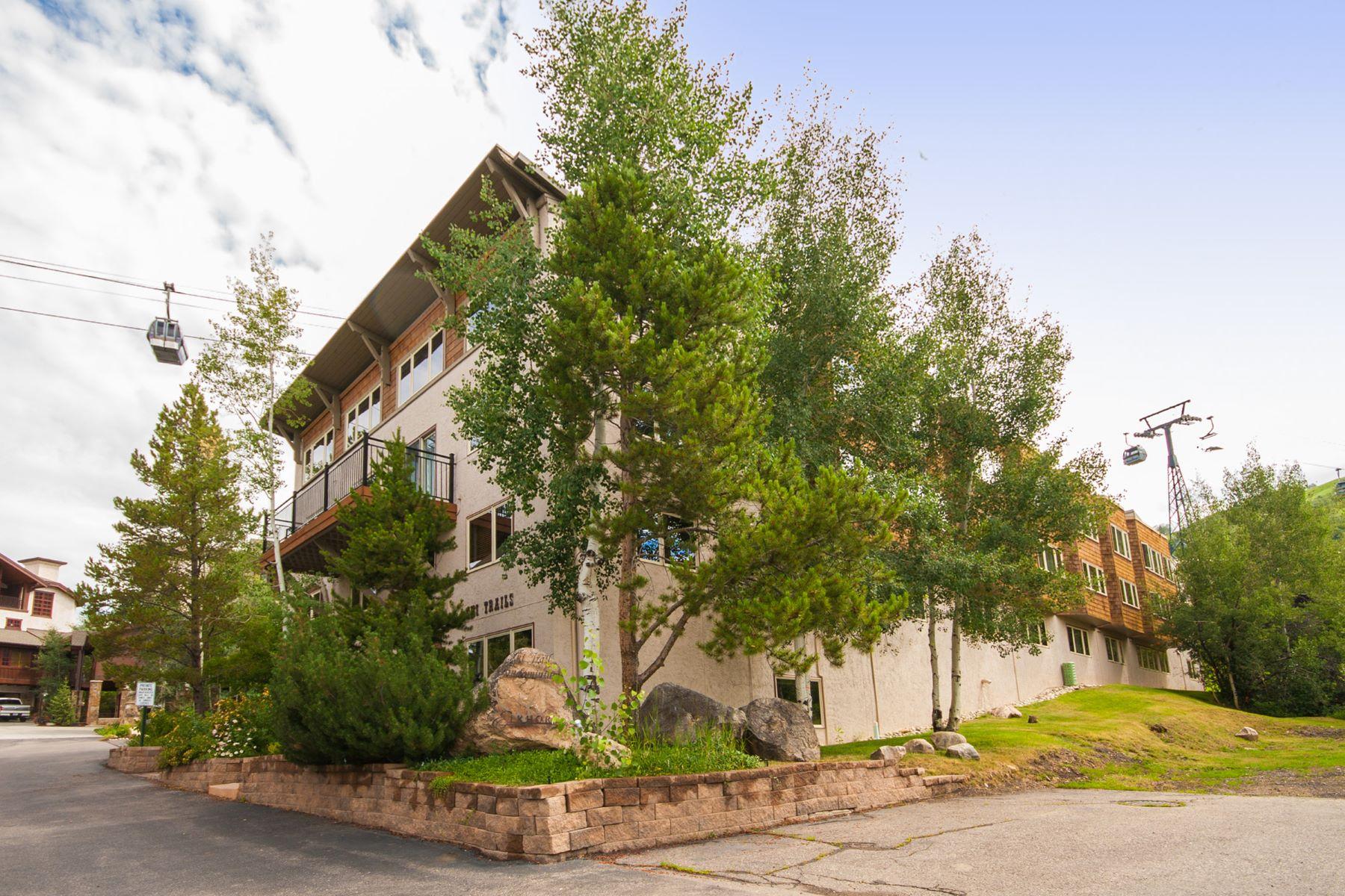 Eigentumswohnung für Verkauf beim True Ski-In/ Ski-Out Condo 2320 Ski Trail Lane, #208 Steamboat Springs, Colorado, 80487 Vereinigte Staaten