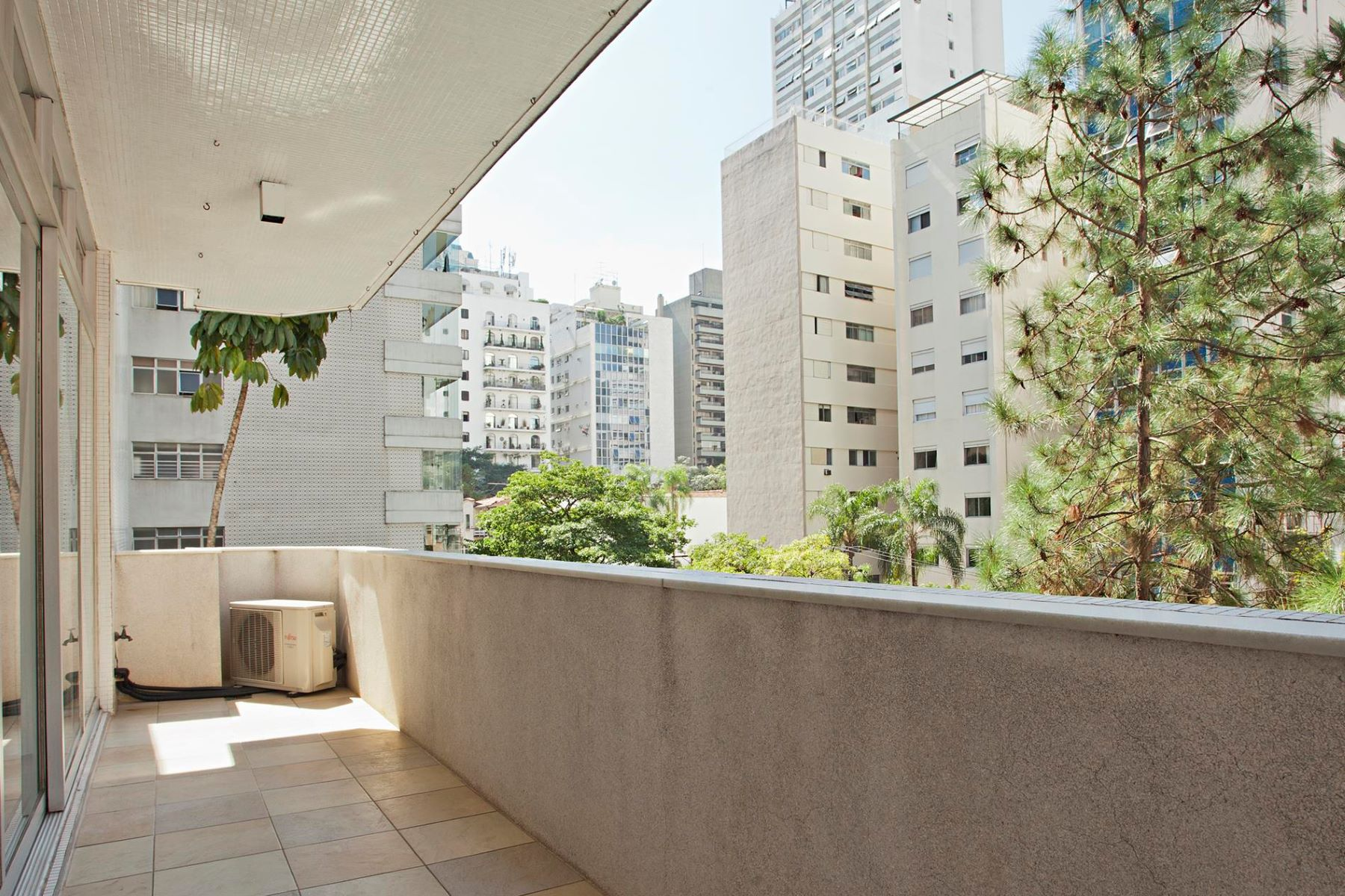 一戸建て のために 売買 アット Wide Living Area with a Terrace Sao Paulo, Sao Paulo 01409-001 Brazil