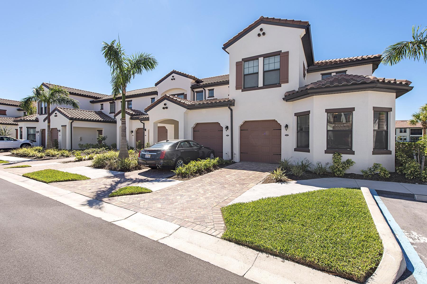 共管物業 為 出售 在 COACH HOMES AT LIVINGSTON LAKES 15152 Palmer Lake Cir 103 Naples, 佛羅里達州 34109 美國