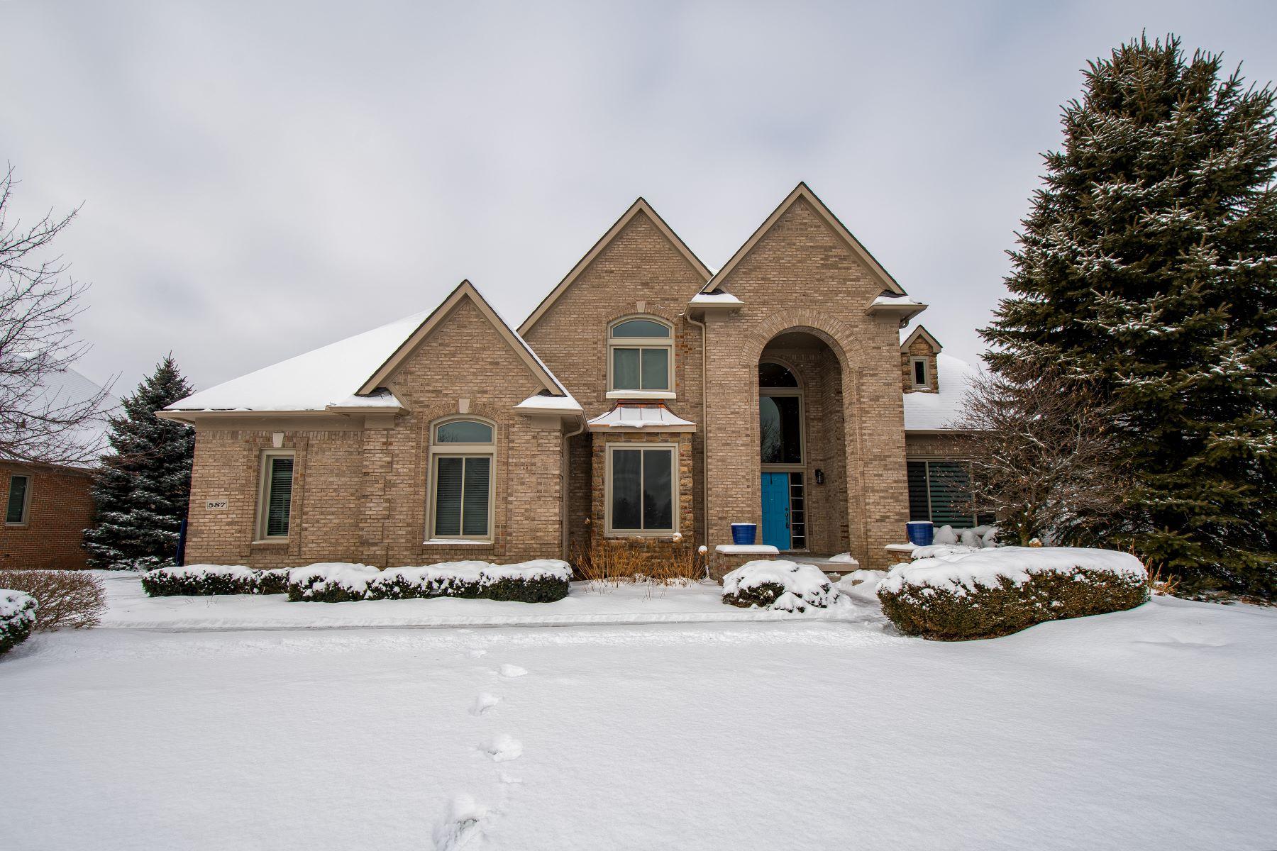 Single Family Homes para Venda às Oxford Township 587 Eastlake Trail, Oxford, Michigan 48371 Estados Unidos