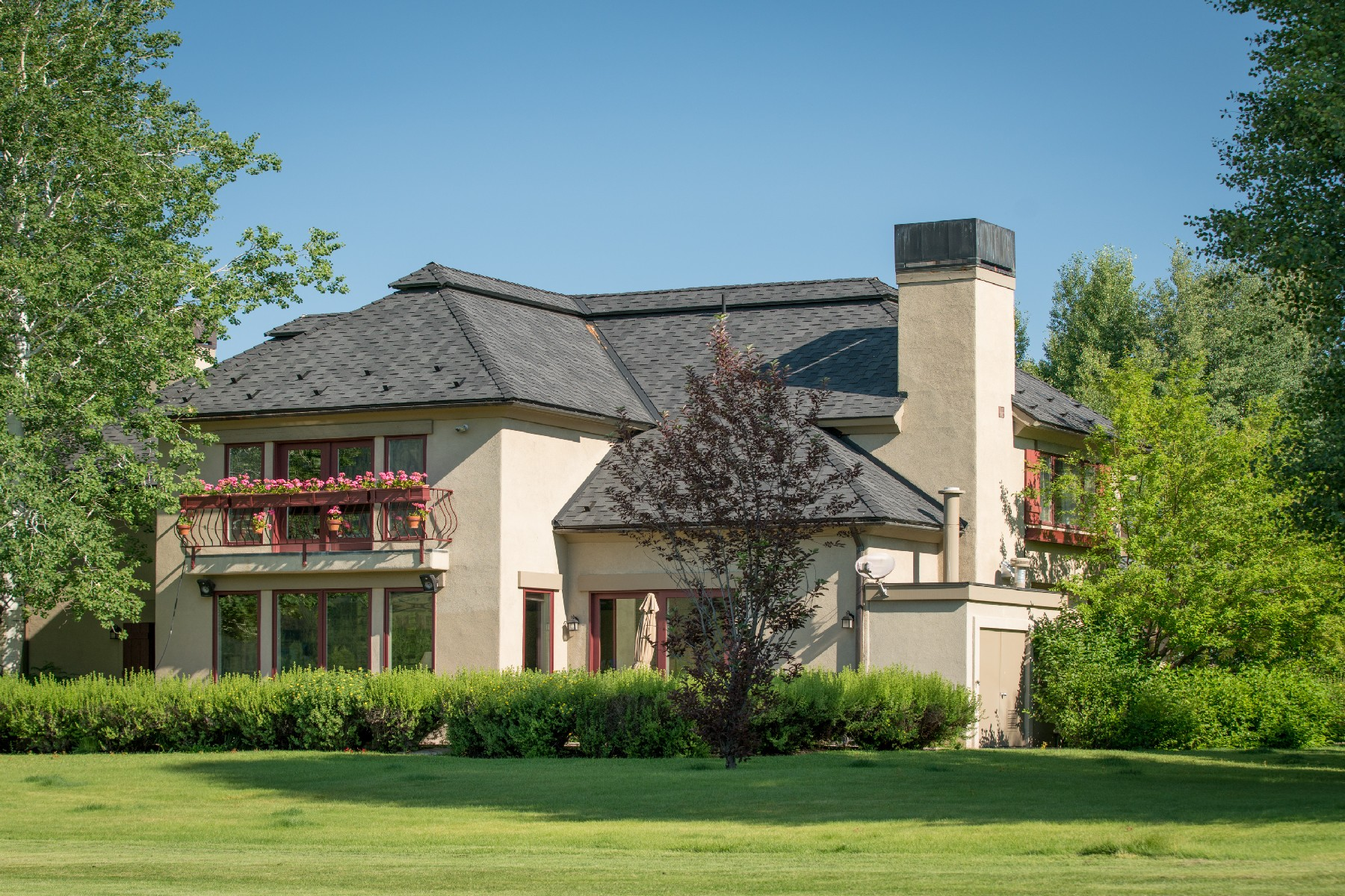 Single Family Home for Sale at Stunning Elkhorn Golf Course Views 104 Elkhorn Rd Sun Valley, Idaho 83353 United States