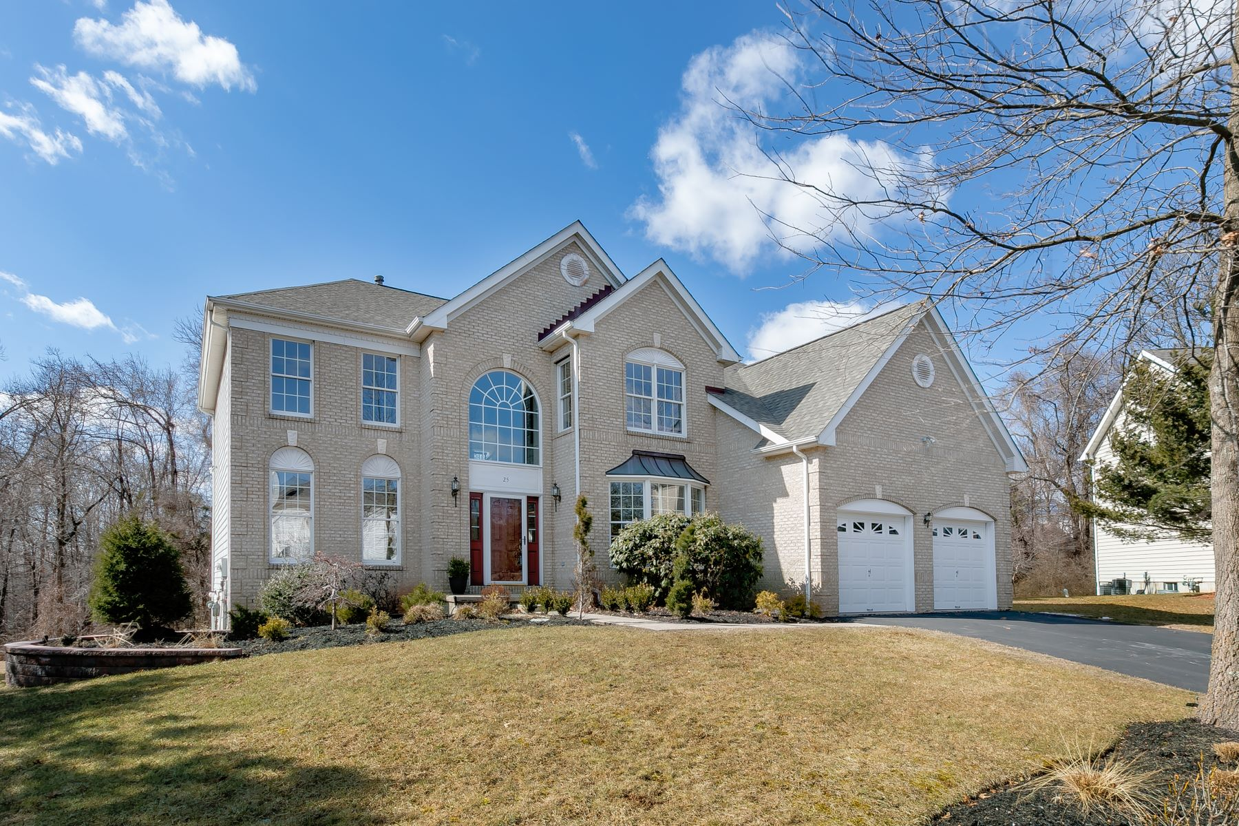 Single Family Homes for Sale at Exceptional Elkins Model 25 Raritan Place Basking Ridge, New Jersey 07920 United States