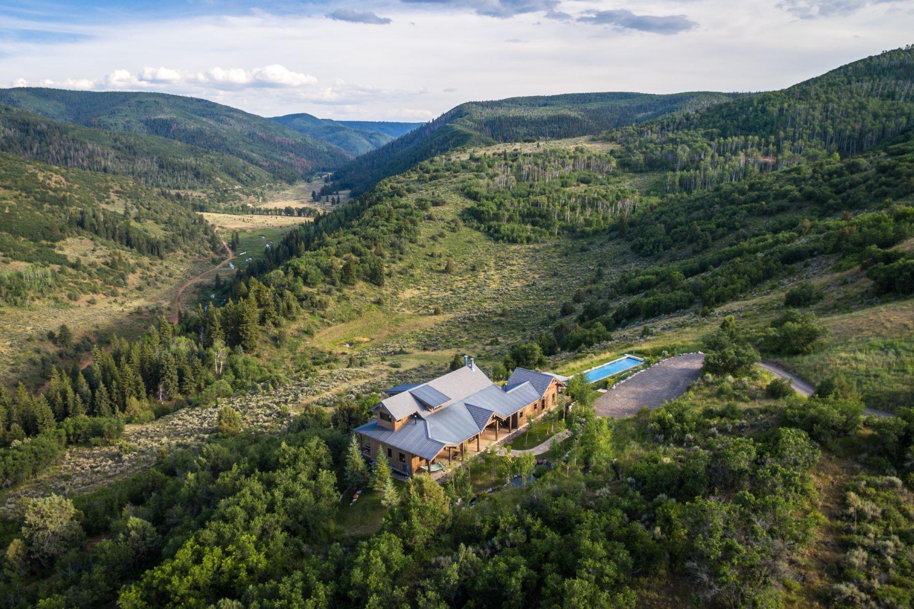 Casa Unifamiliar por un Venta en Stoneman Lodge in Elk Creek Ranch 55 Stoneman Rd Meeker, Colorado 81641 Estados Unidos